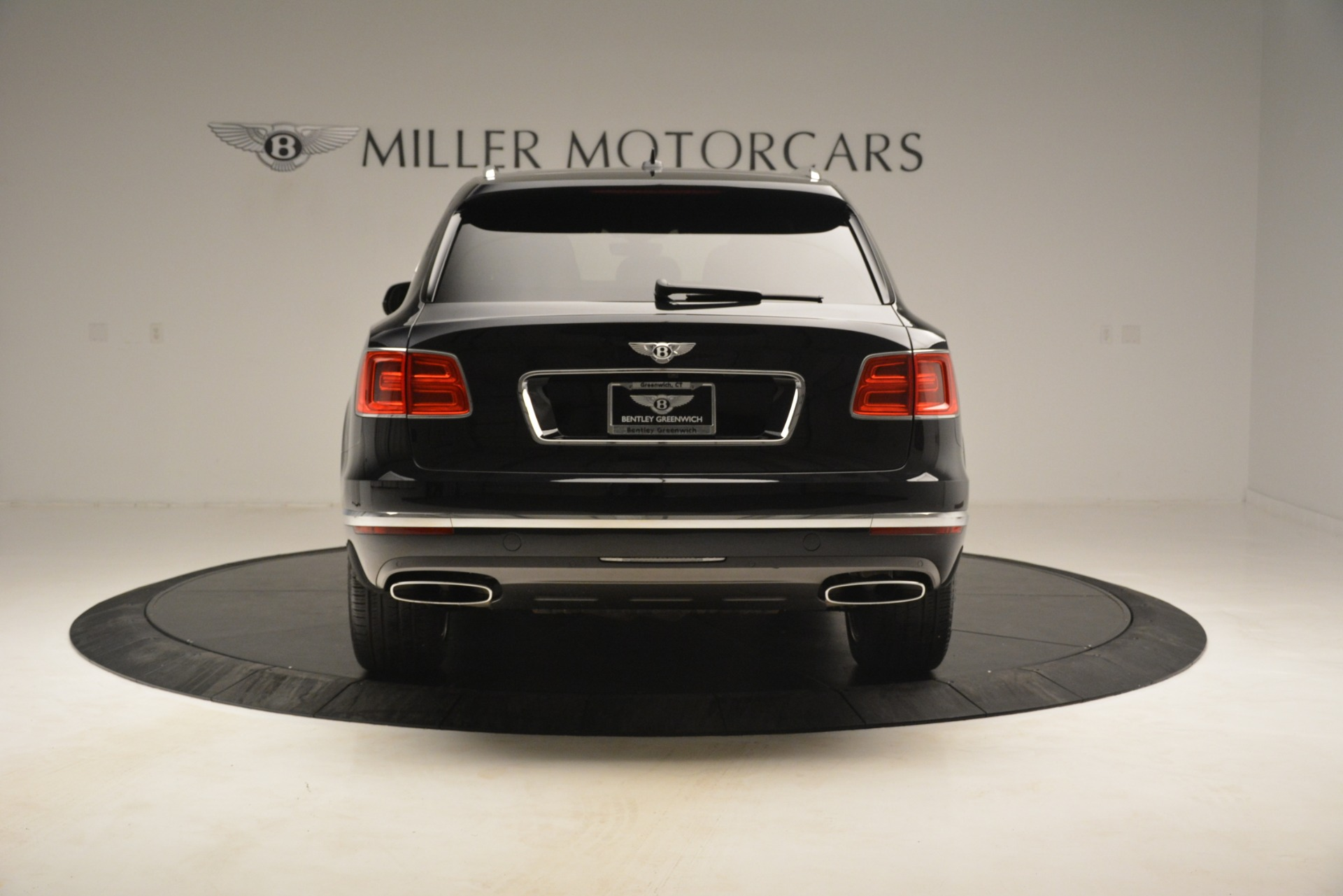 Used 2017 Bentley Bentayga W12 For Sale In Greenwich, CT 3239_p6