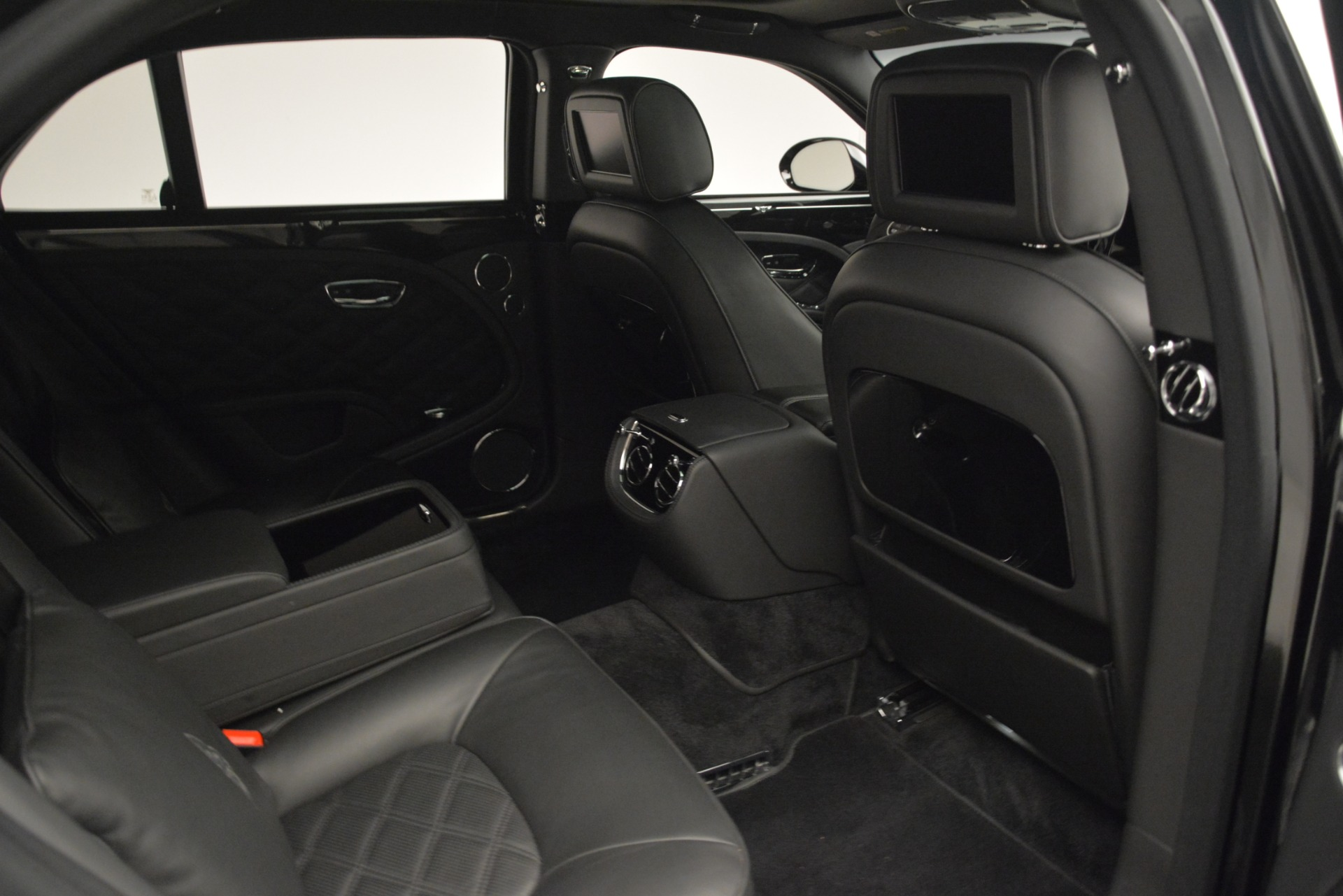 Used 2016 Bentley Mulsanne  For Sale In Greenwich, CT 3240_p28