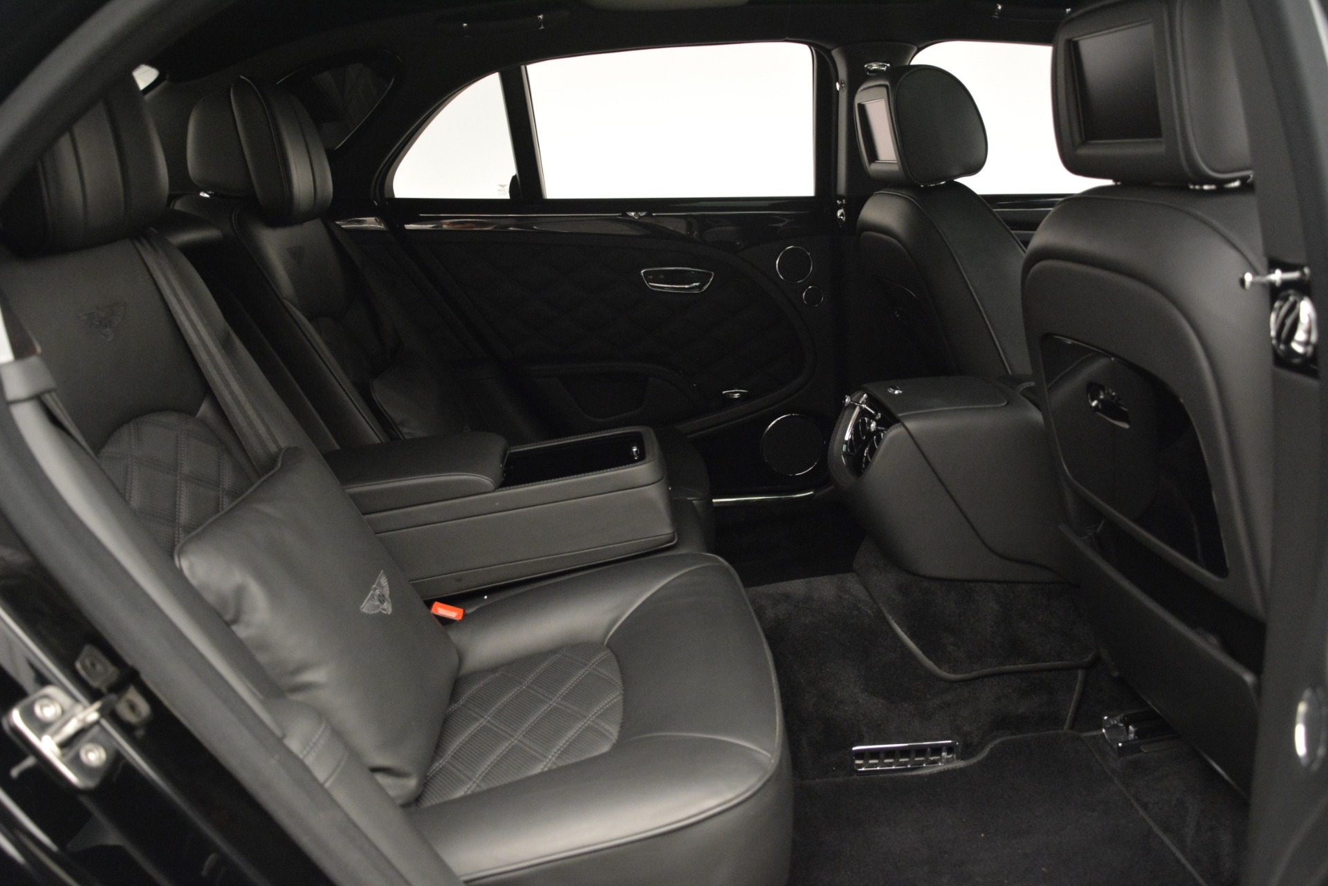 Used 2016 Bentley Mulsanne  For Sale In Greenwich, CT 3240_p30