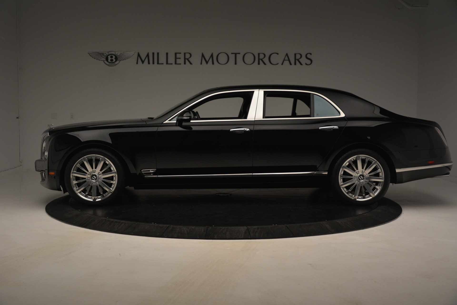 Used 2016 Bentley Mulsanne  For Sale In Greenwich, CT 3240_p3