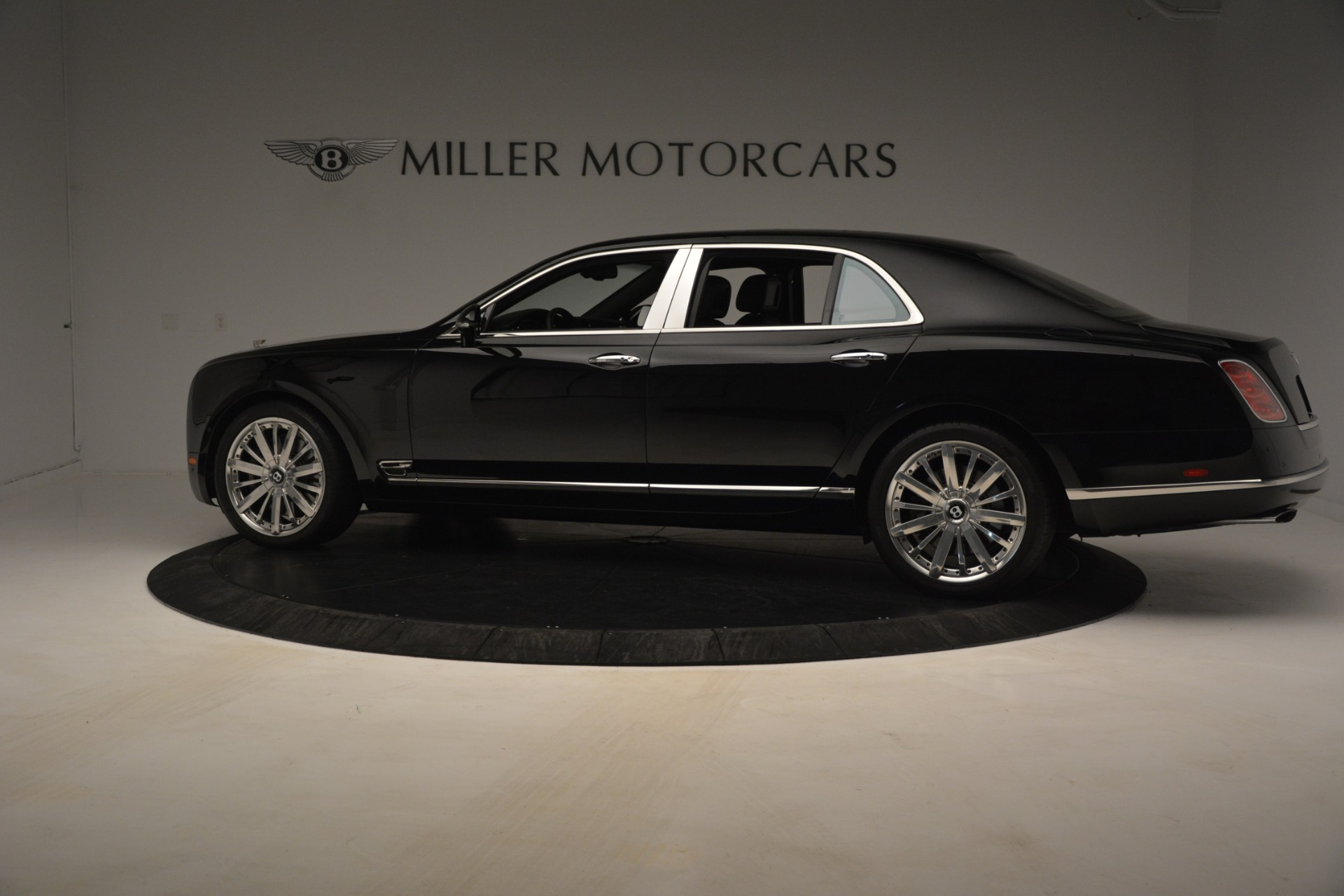 Used 2016 Bentley Mulsanne  For Sale In Greenwich, CT 3240_p4
