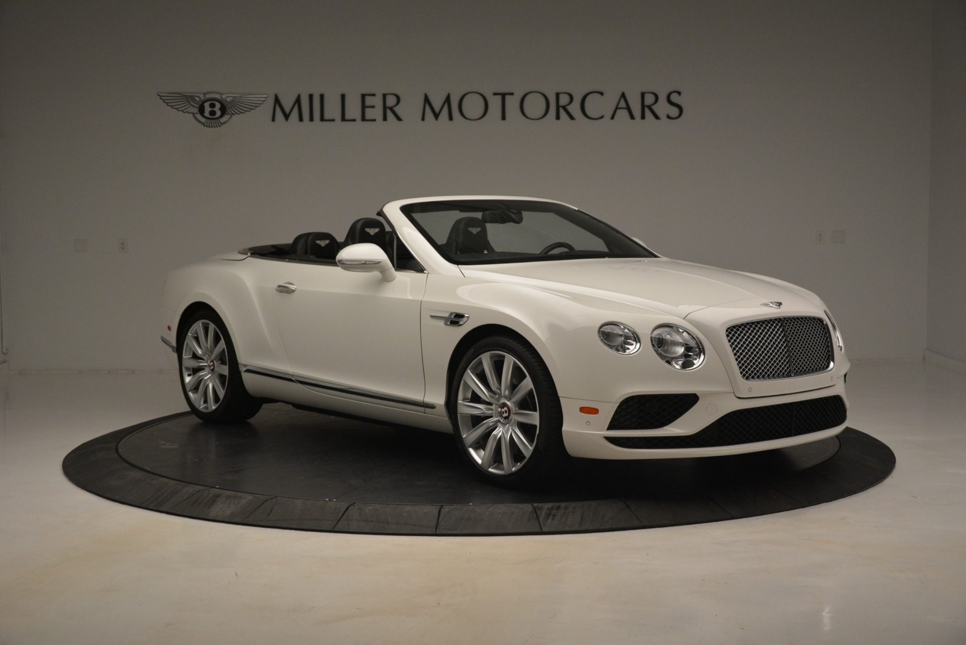 Used 2016 Bentley Continental GT V8 For Sale In Greenwich, CT 3241_p11