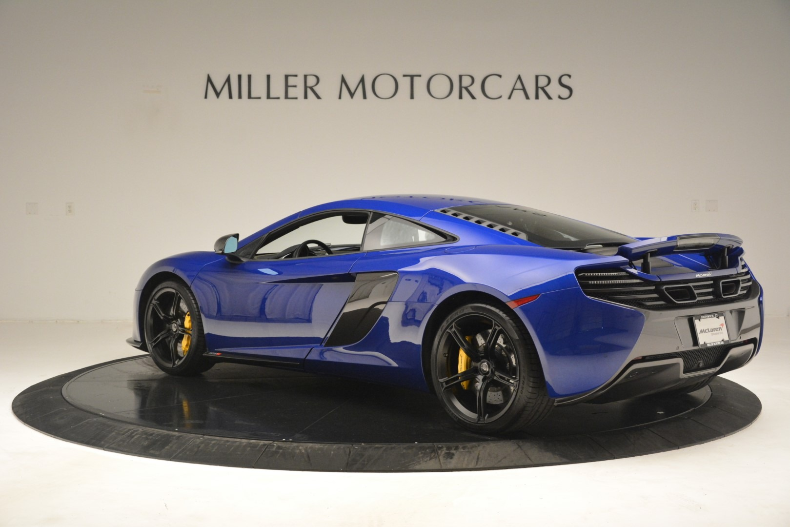 Used 2015 McLaren 650S Coupe For Sale In Greenwich, CT 3242_p4