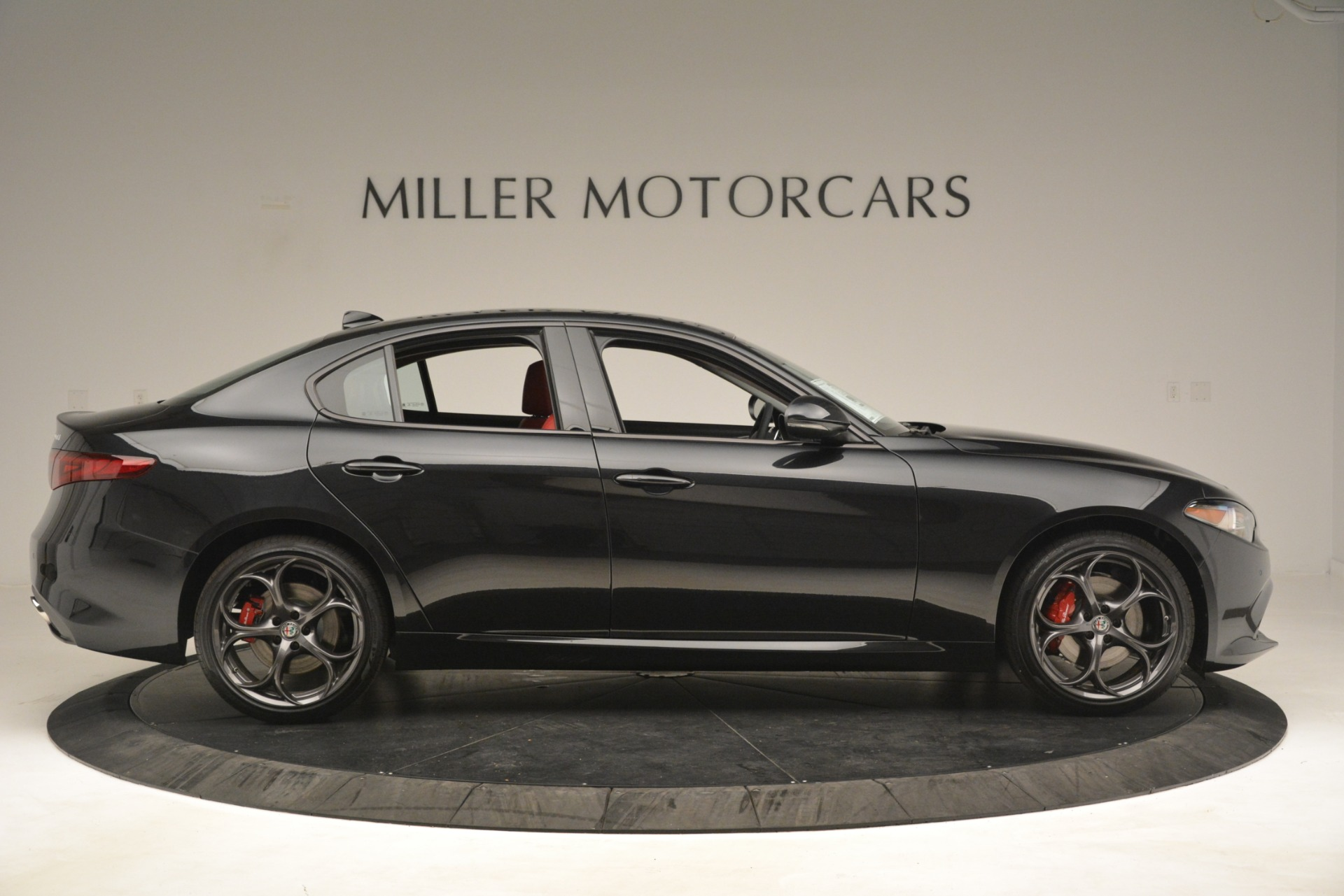 New 2019 Alfa Romeo Giulia Ti Sport Q4 For Sale In Greenwich, CT 3243_p9
