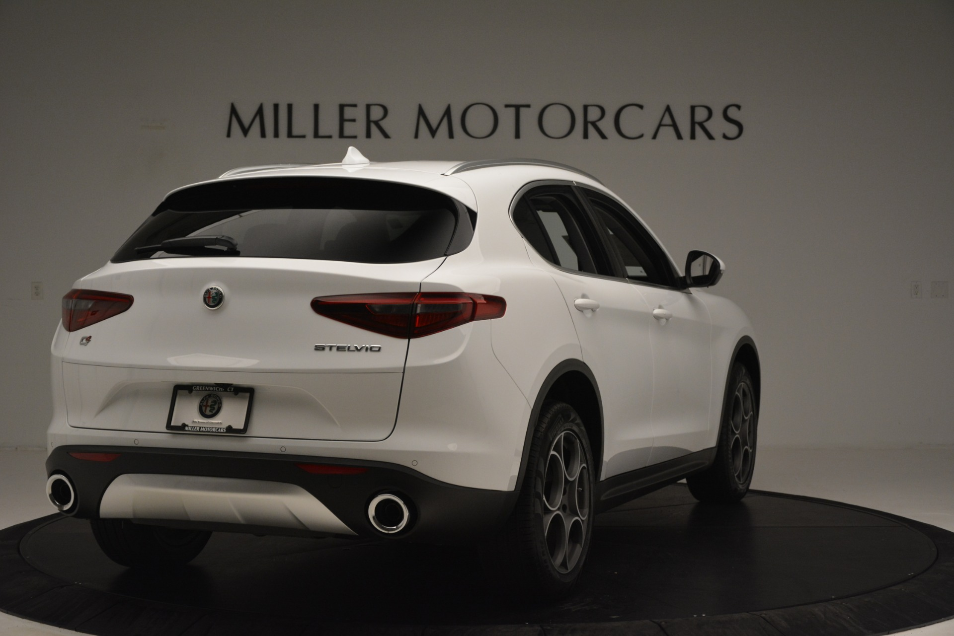 New 2019 Alfa Romeo Stelvio Q4 For Sale In Greenwich, CT 3246_p7