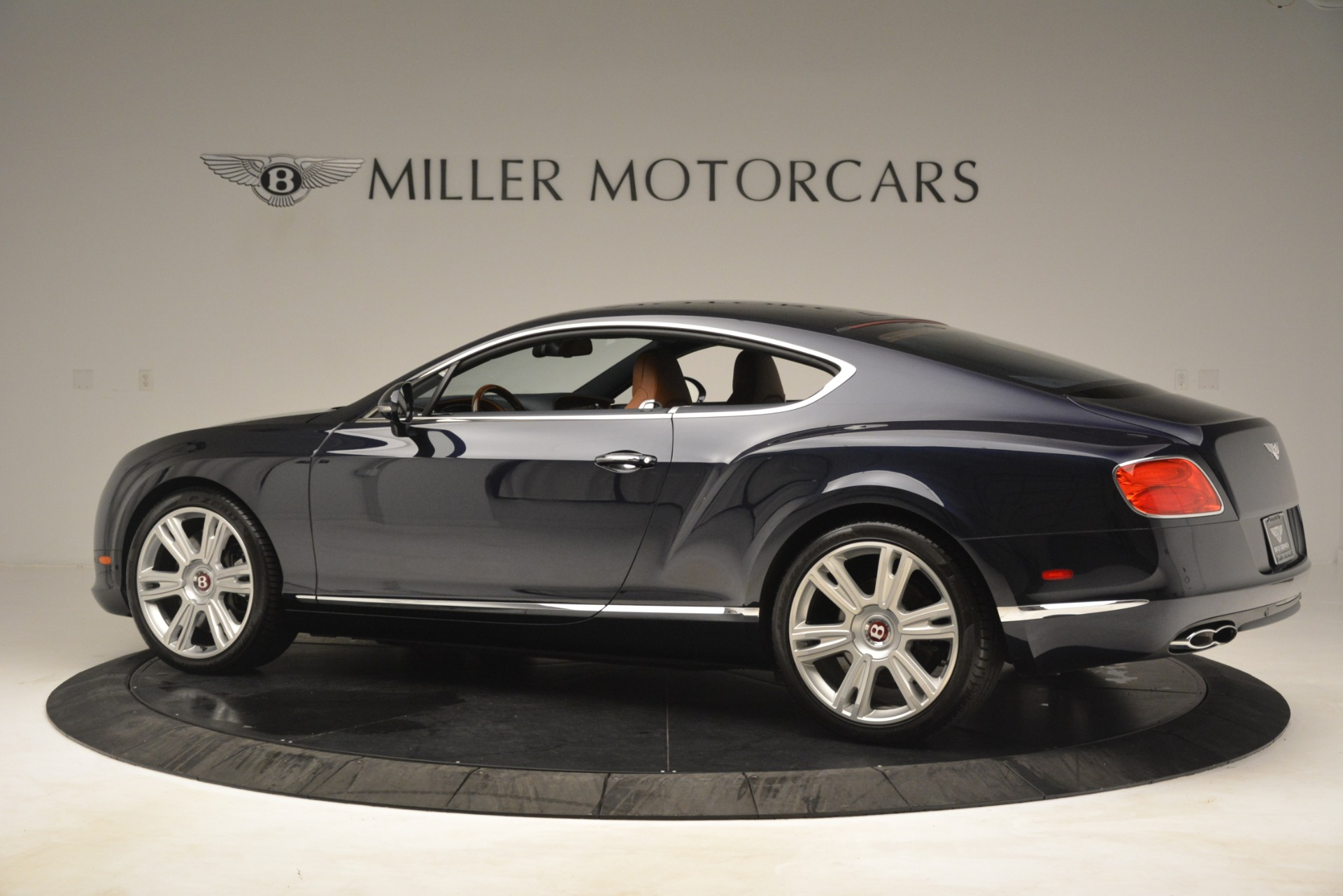 Used 2013 Bentley Continental GT V8 For Sale In Greenwich, CT 3257_p4