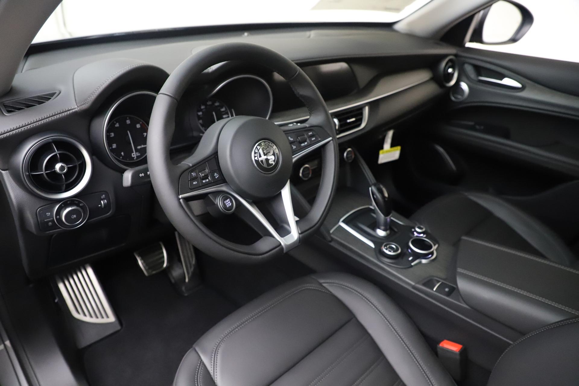 New 2019 Alfa Romeo Stelvio Ti Lusso Q4 For Sale In Greenwich, CT 3260_p13