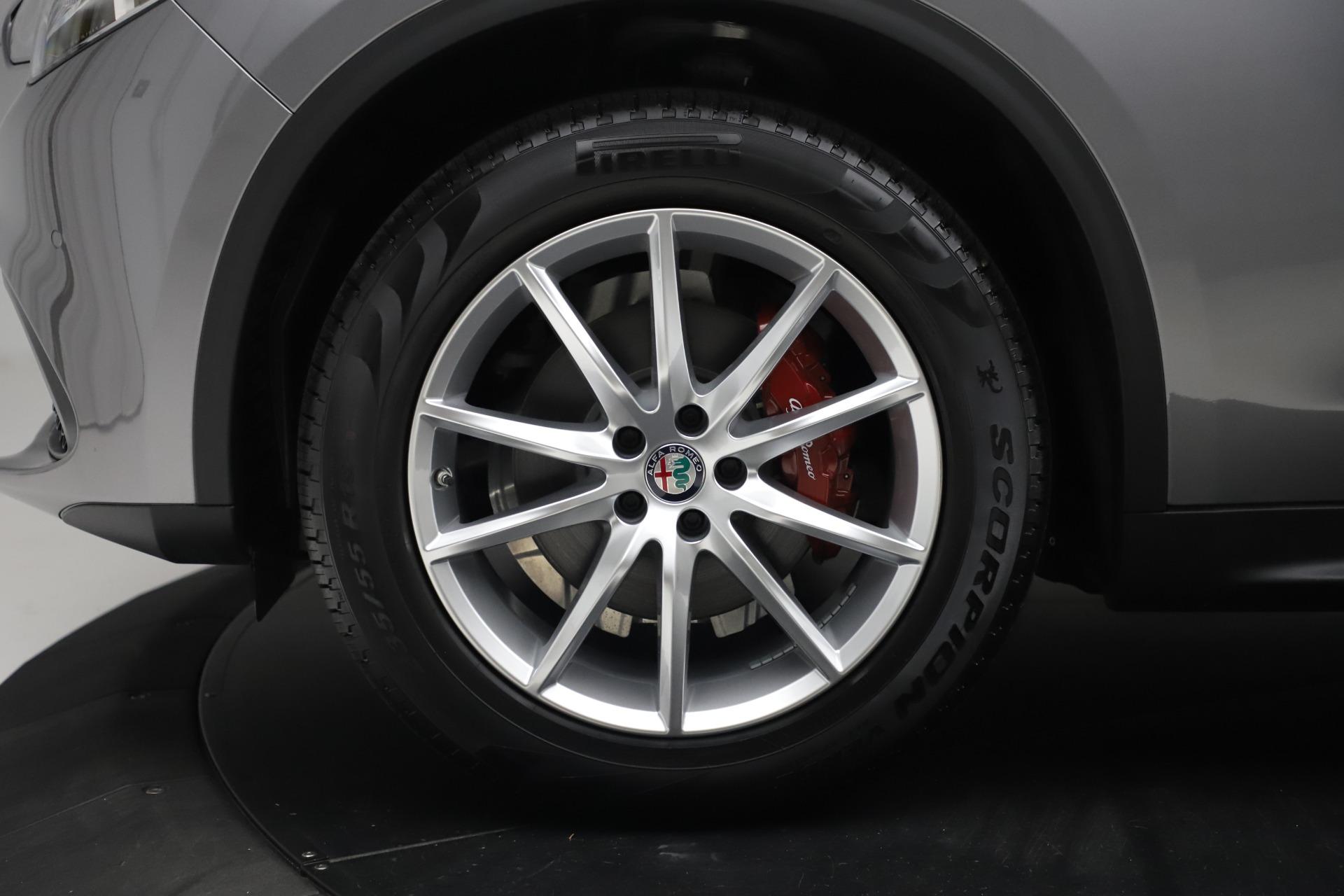 New 2019 Alfa Romeo Stelvio Ti Lusso Q4 For Sale In Greenwich, CT 3260_p30