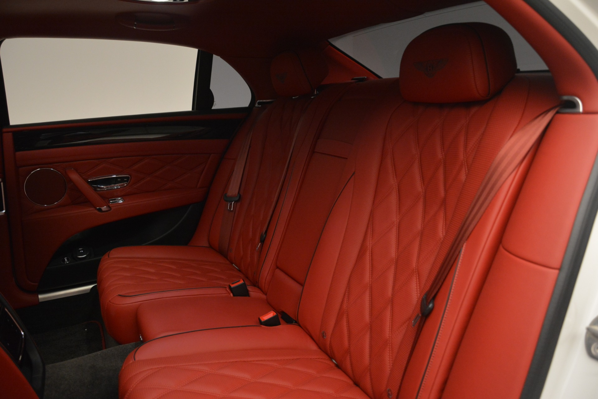 Used 2016 Bentley Flying Spur V8 For Sale In Greenwich, CT 3265_p23