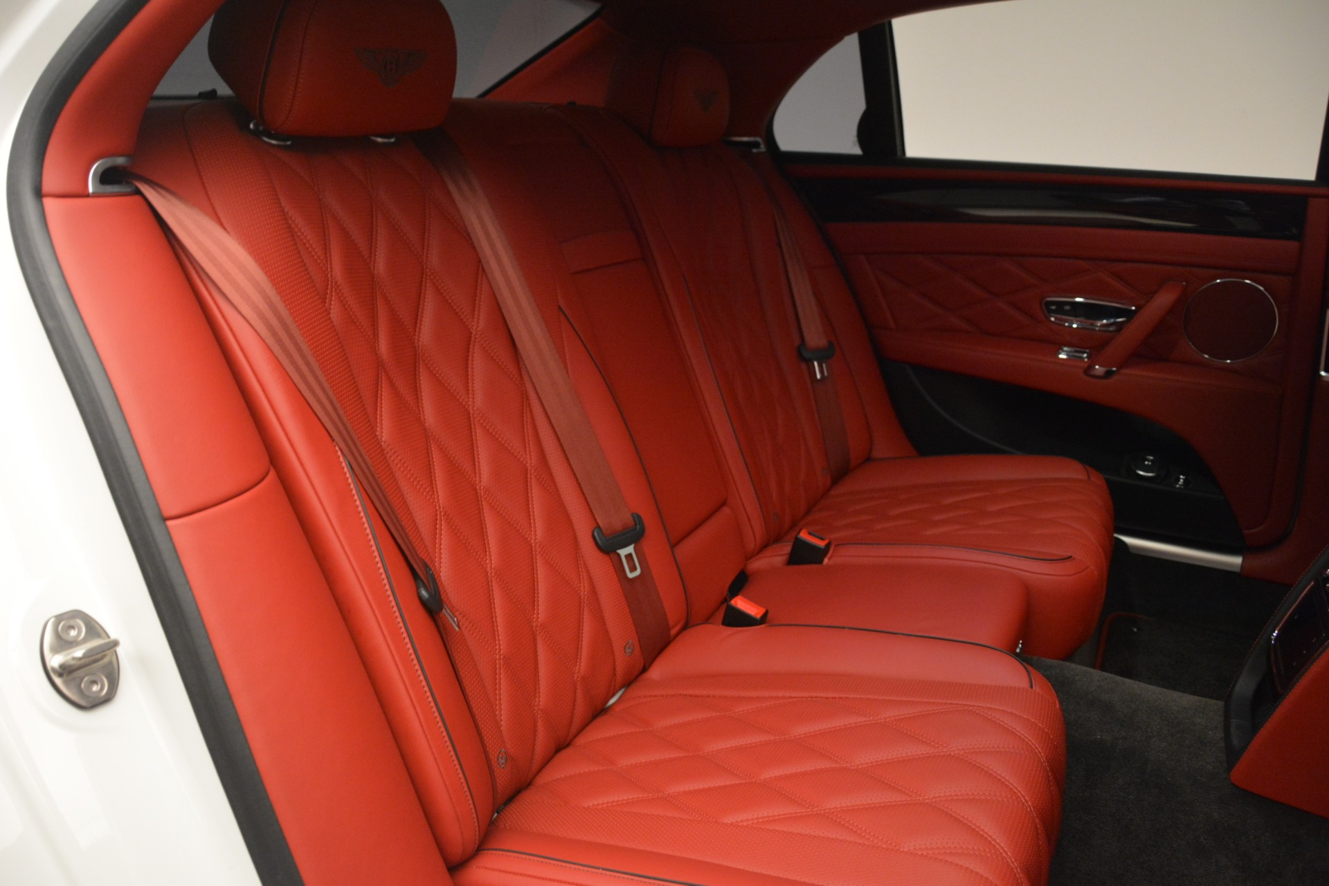 Used 2016 Bentley Flying Spur V8 For Sale In Greenwich, CT 3265_p27