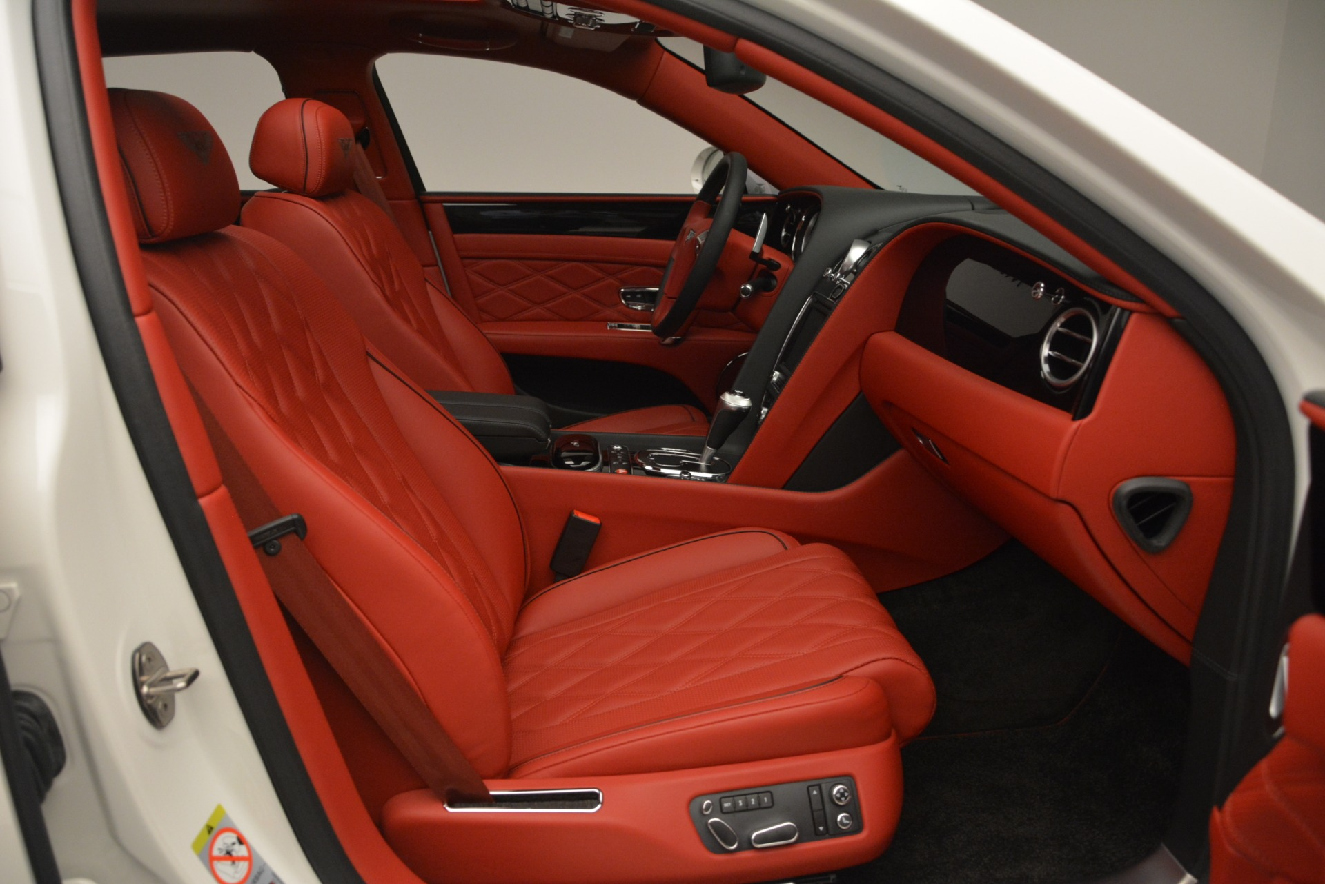 Used 2016 Bentley Flying Spur V8 For Sale In Greenwich, CT 3265_p30