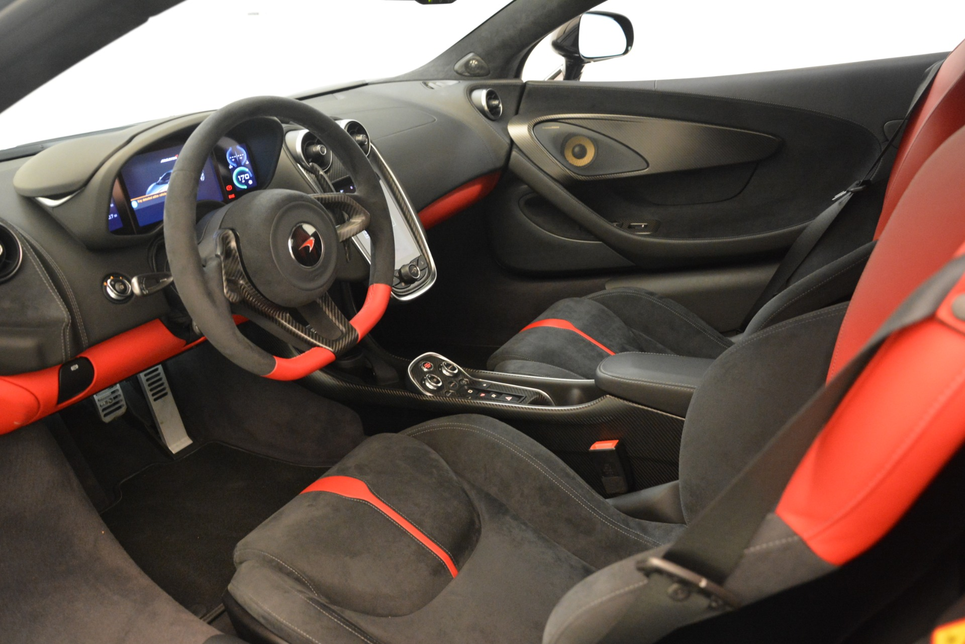 Used 2016 McLaren 570S Coupe For Sale In Greenwich, CT 3268_p14