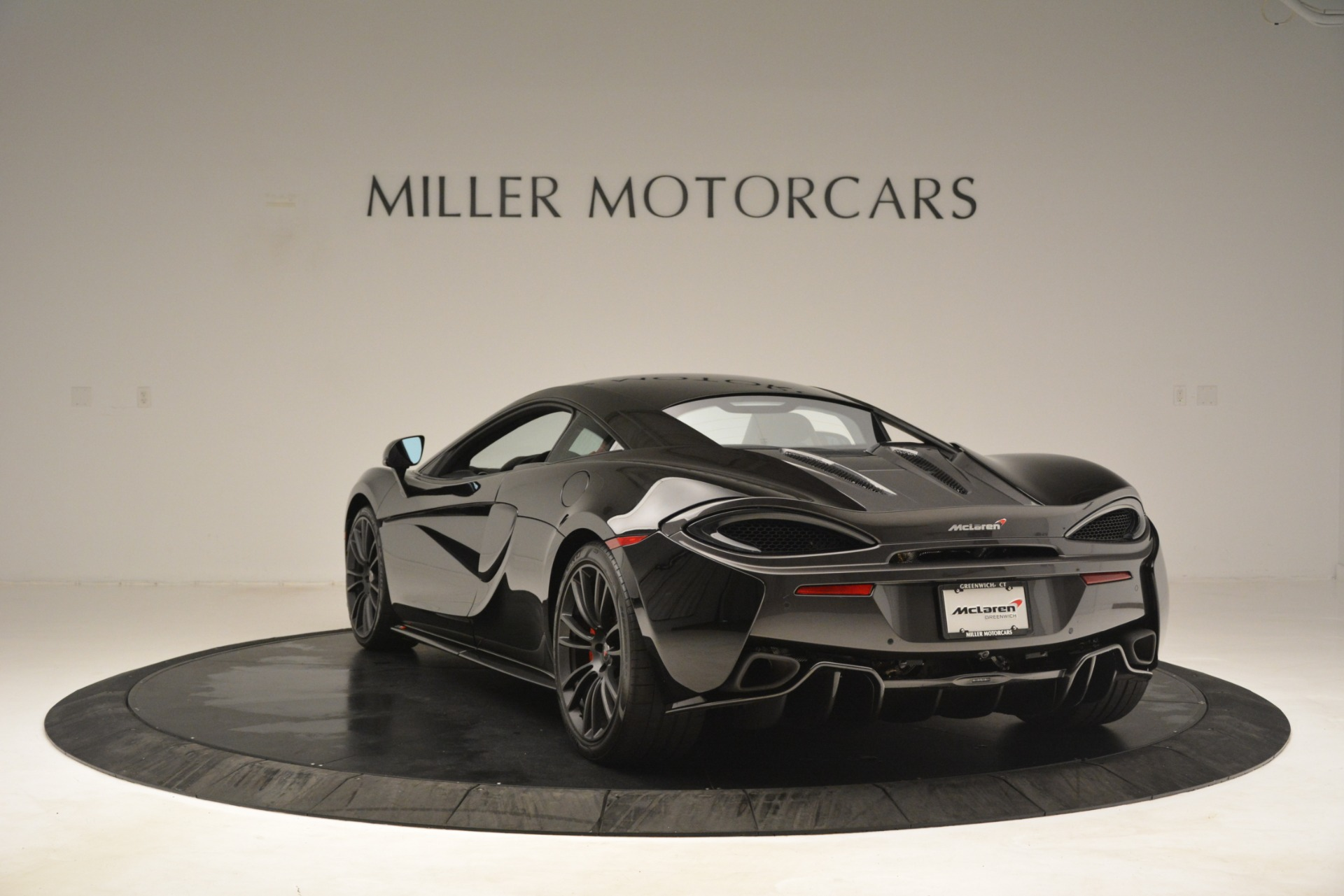 Used 2016 McLaren 570S Coupe For Sale In Greenwich, CT 3268_p4