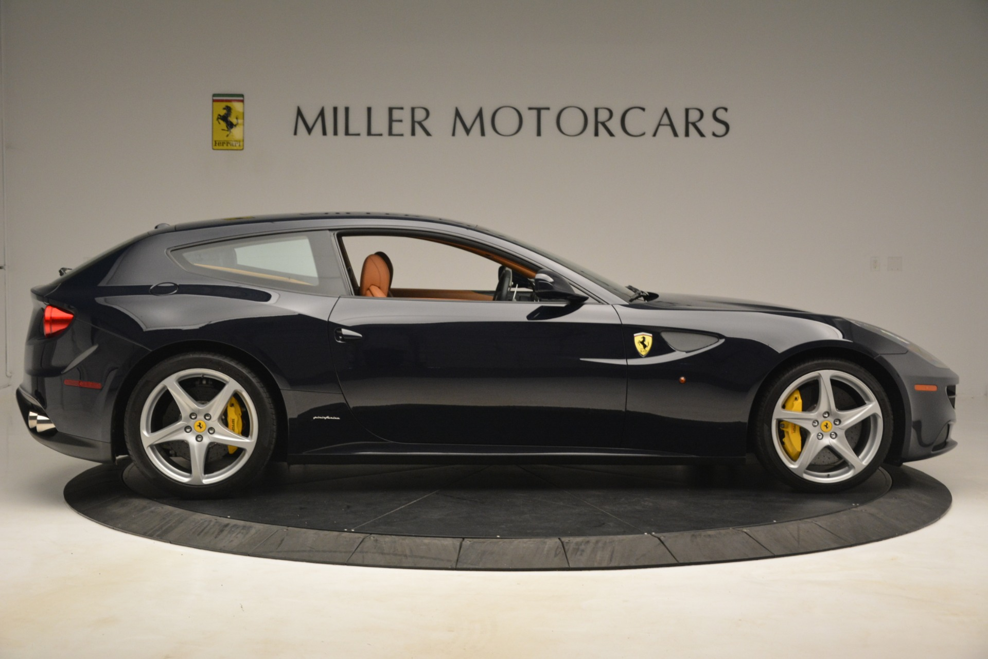 Used 2013 Ferrari FF  For Sale In Greenwich, CT 3269_p10