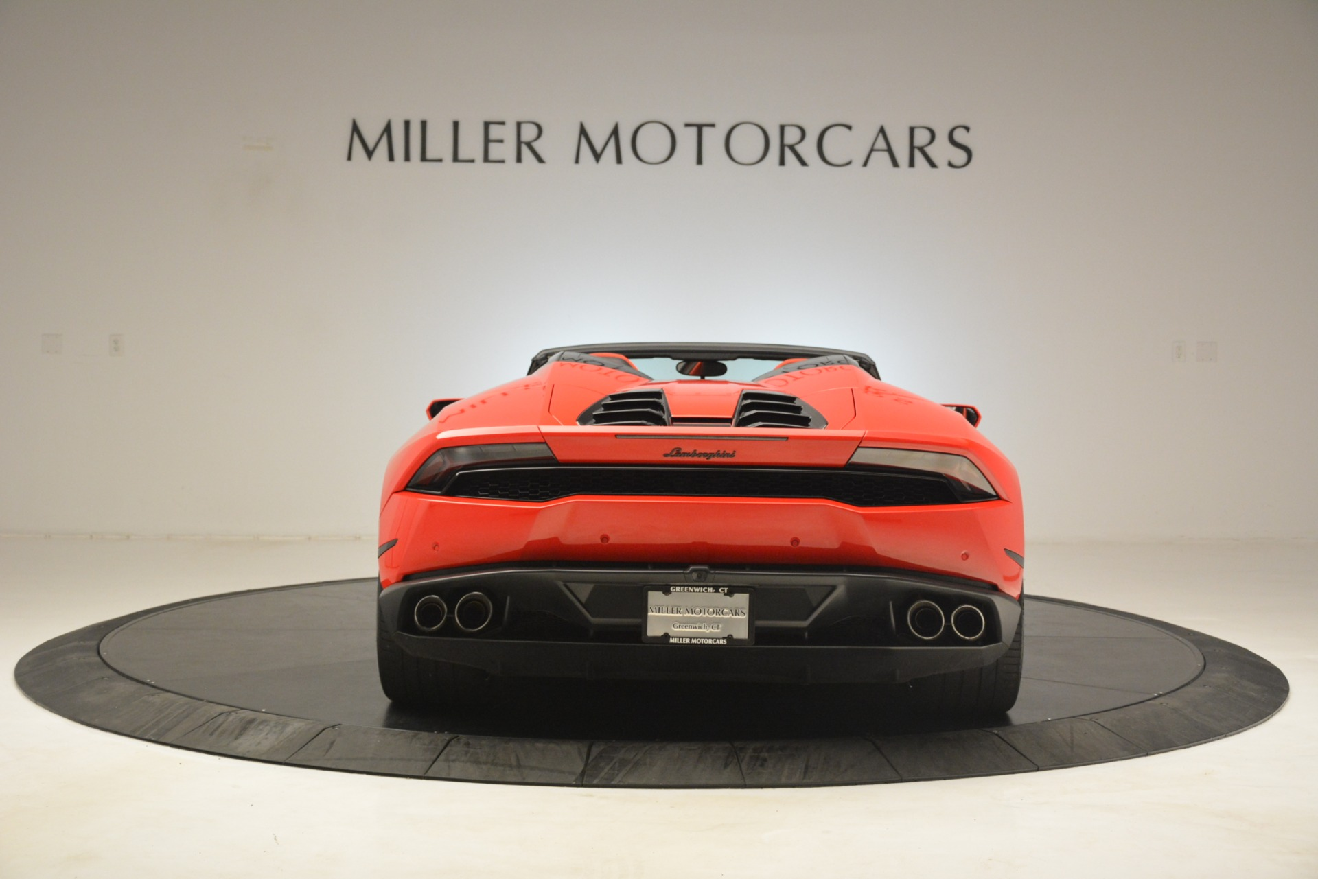 Used 2017 Lamborghini Huracan LP 610-4 Spyder For Sale In Greenwich, CT 3270_p4