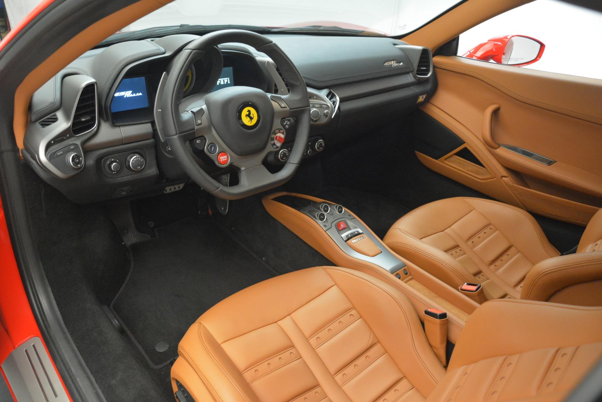 Used 2014 Ferrari 458 Italia  For Sale In Greenwich, CT 3271_p13