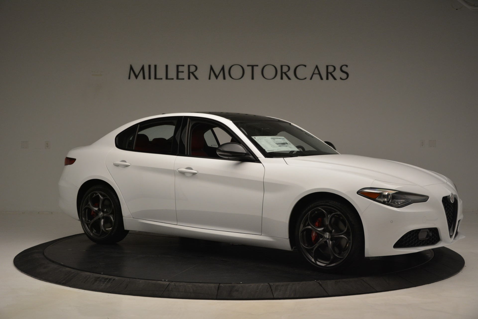 New 2019 Alfa Romeo Giulia Q4 For Sale In Greenwich, CT 3272_p10