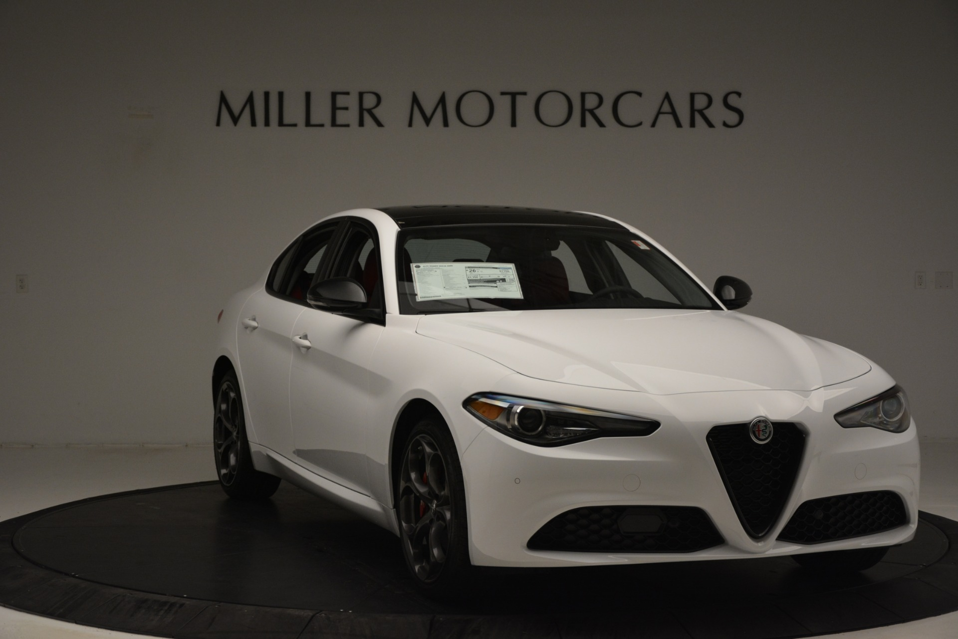 New 2019 Alfa Romeo Giulia Q4 For Sale In Greenwich, CT 3272_p11