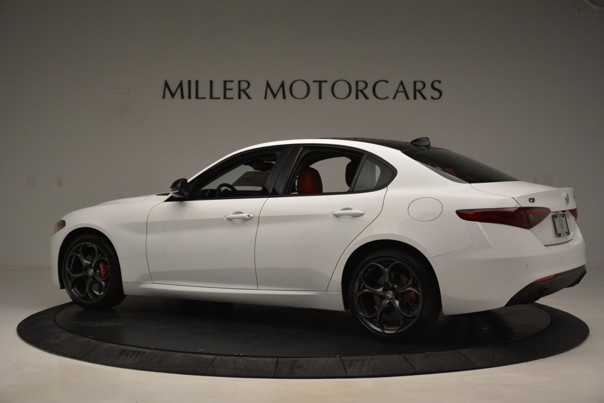 New 2019 Alfa Romeo Giulia Q4 For Sale In Greenwich, CT 3272_p4