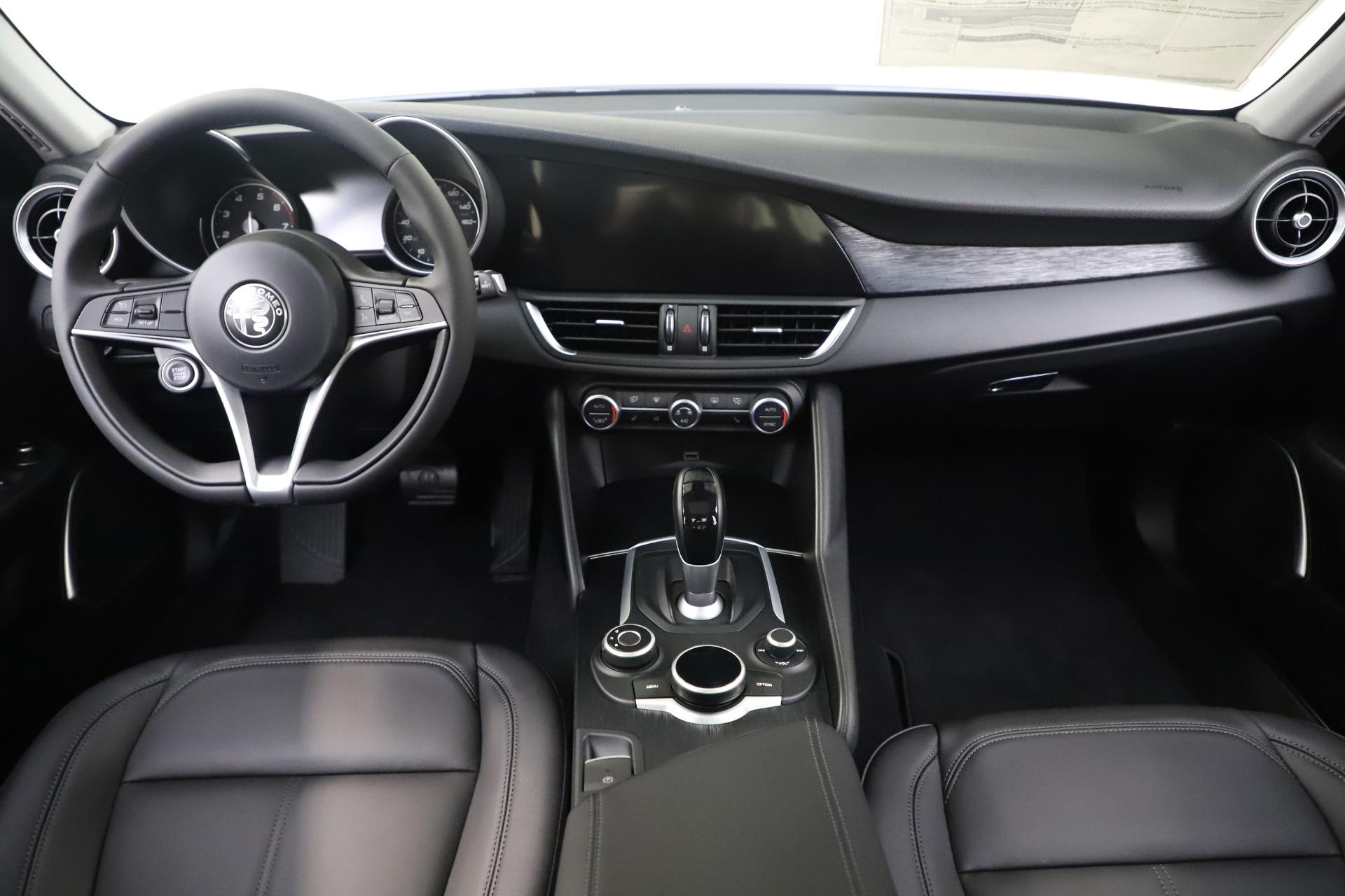 New 2019 Alfa Romeo Giulia Q4 For Sale In Greenwich, CT 3278_p16
