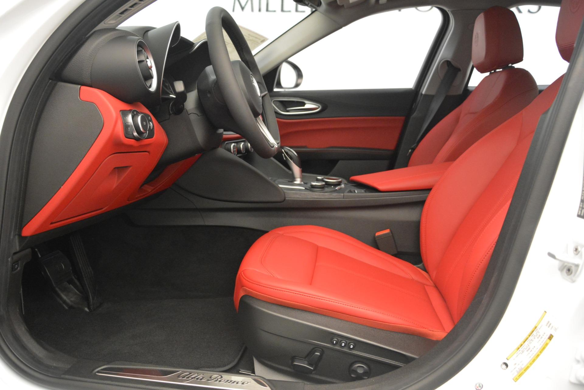 New 2019 Alfa Romeo Giulia Q4 For Sale In Greenwich, CT 3279_p14