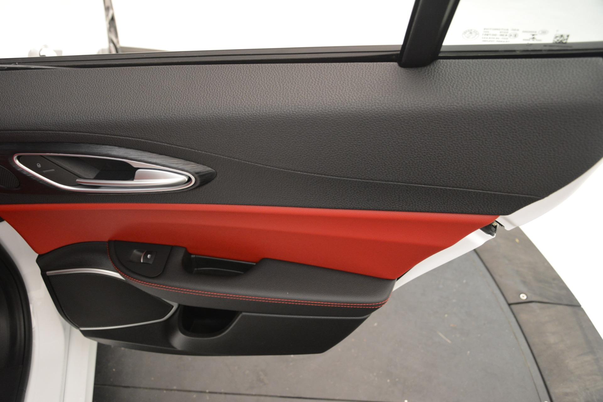 New 2019 Alfa Romeo Giulia Q4 For Sale In Greenwich, CT 3279_p29
