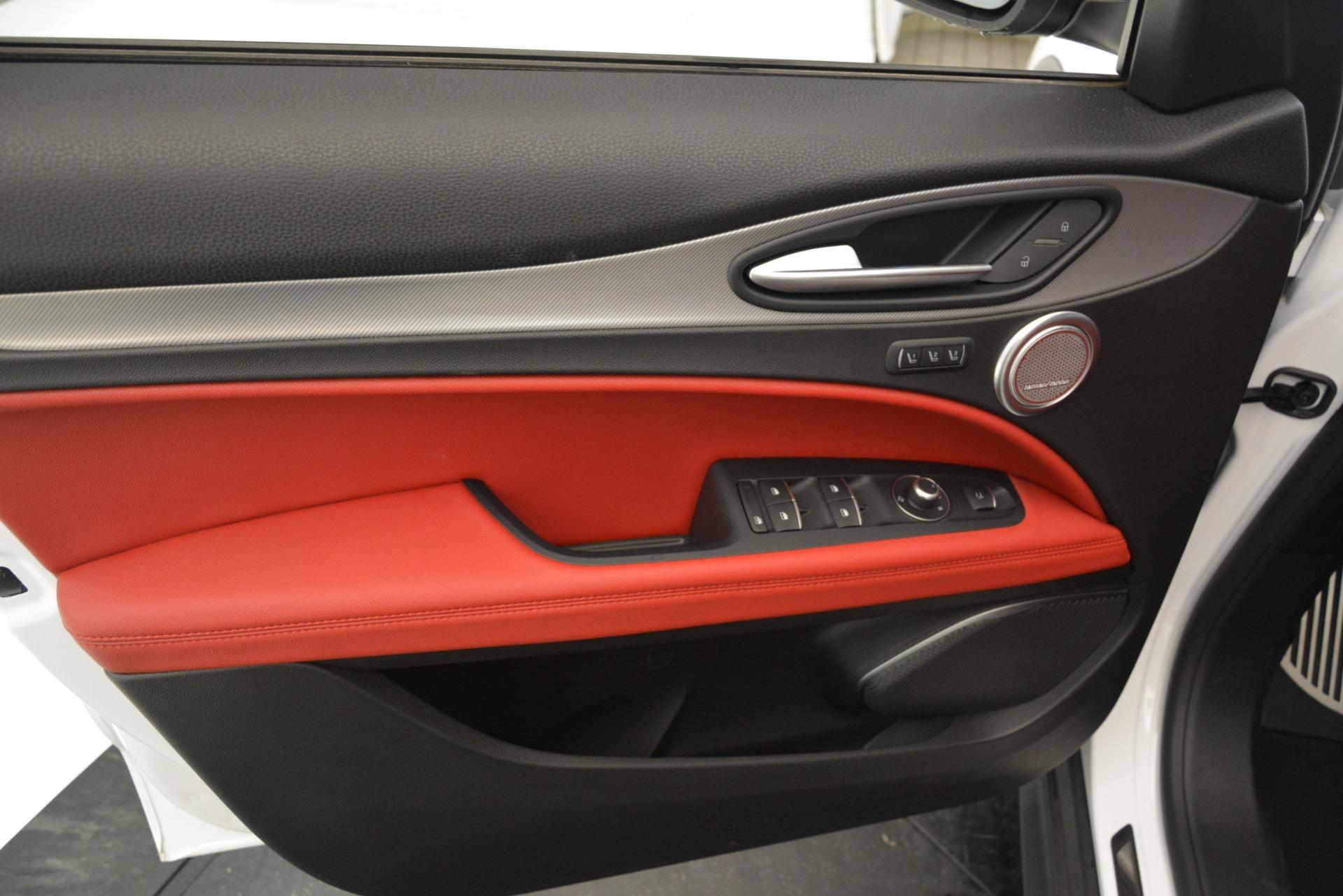 New 2019 Alfa Romeo Stelvio Ti Sport Q4 For Sale In Greenwich, CT 3286_p17