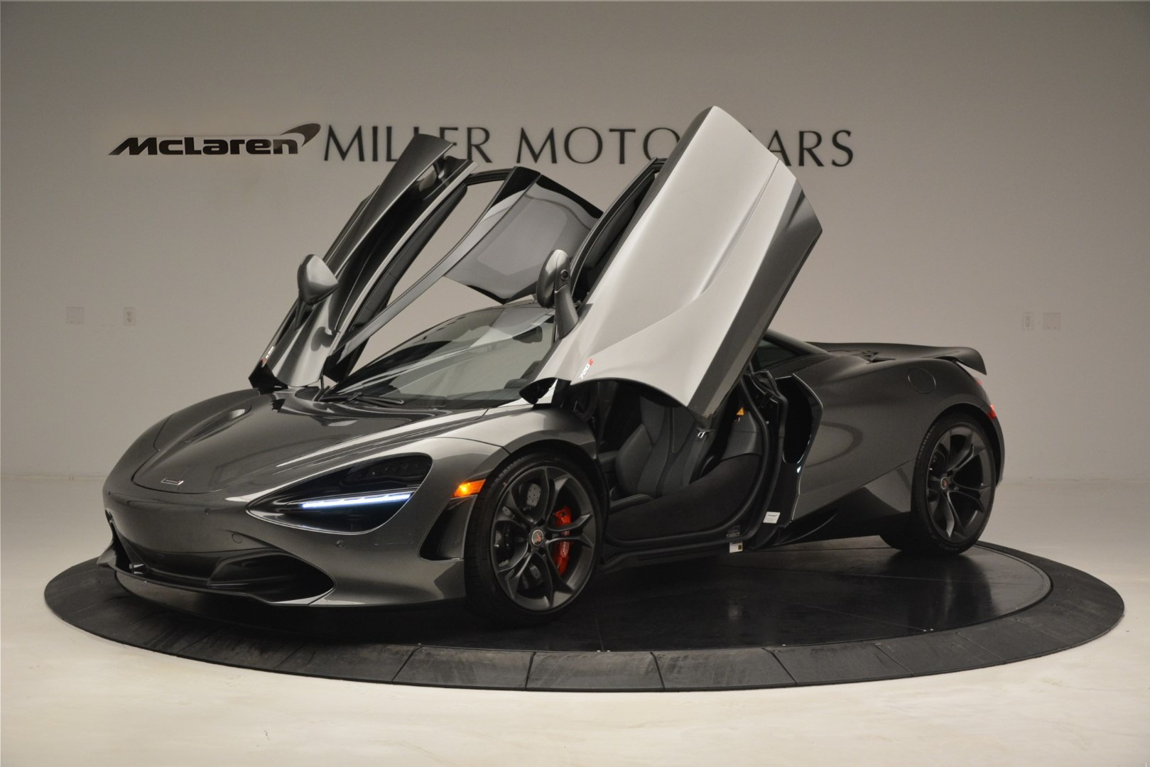 Used 2018 McLaren 720S Coupe For Sale In Greenwich, CT 3287_p13