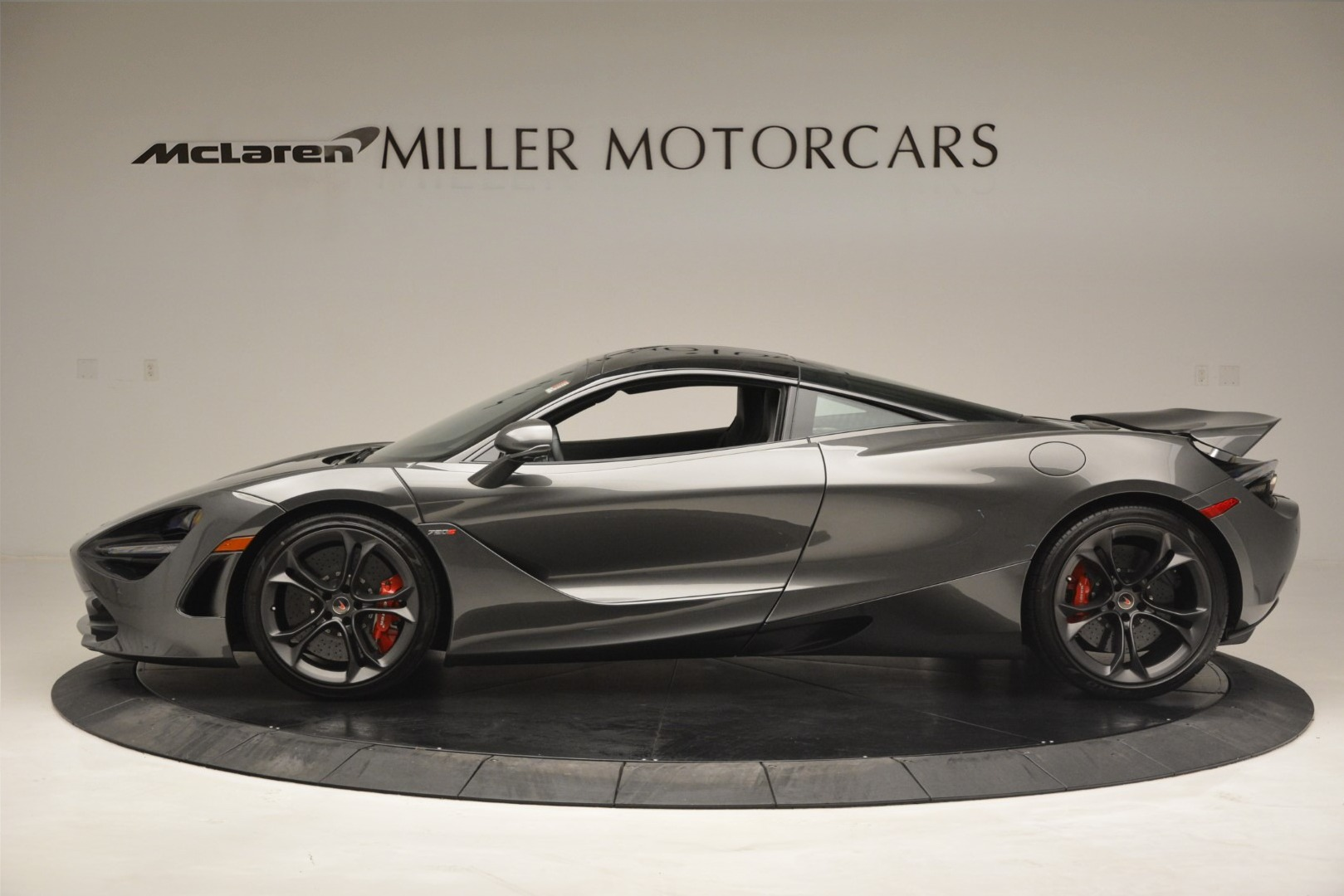 Used 2018 McLaren 720S Coupe For Sale In Greenwich, CT 3287_p2
