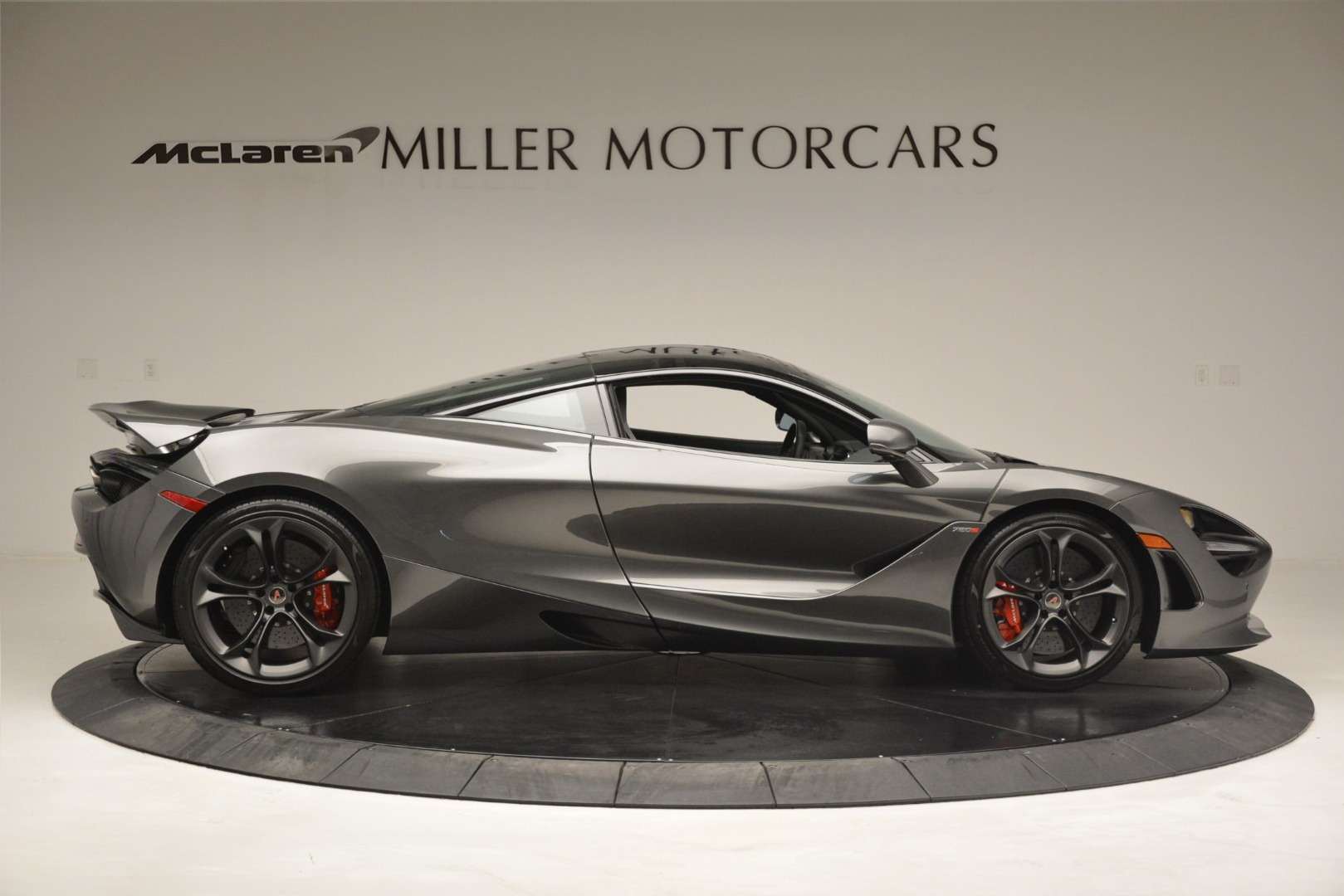 Used 2018 McLaren 720S Coupe For Sale In Greenwich, CT 3287_p8