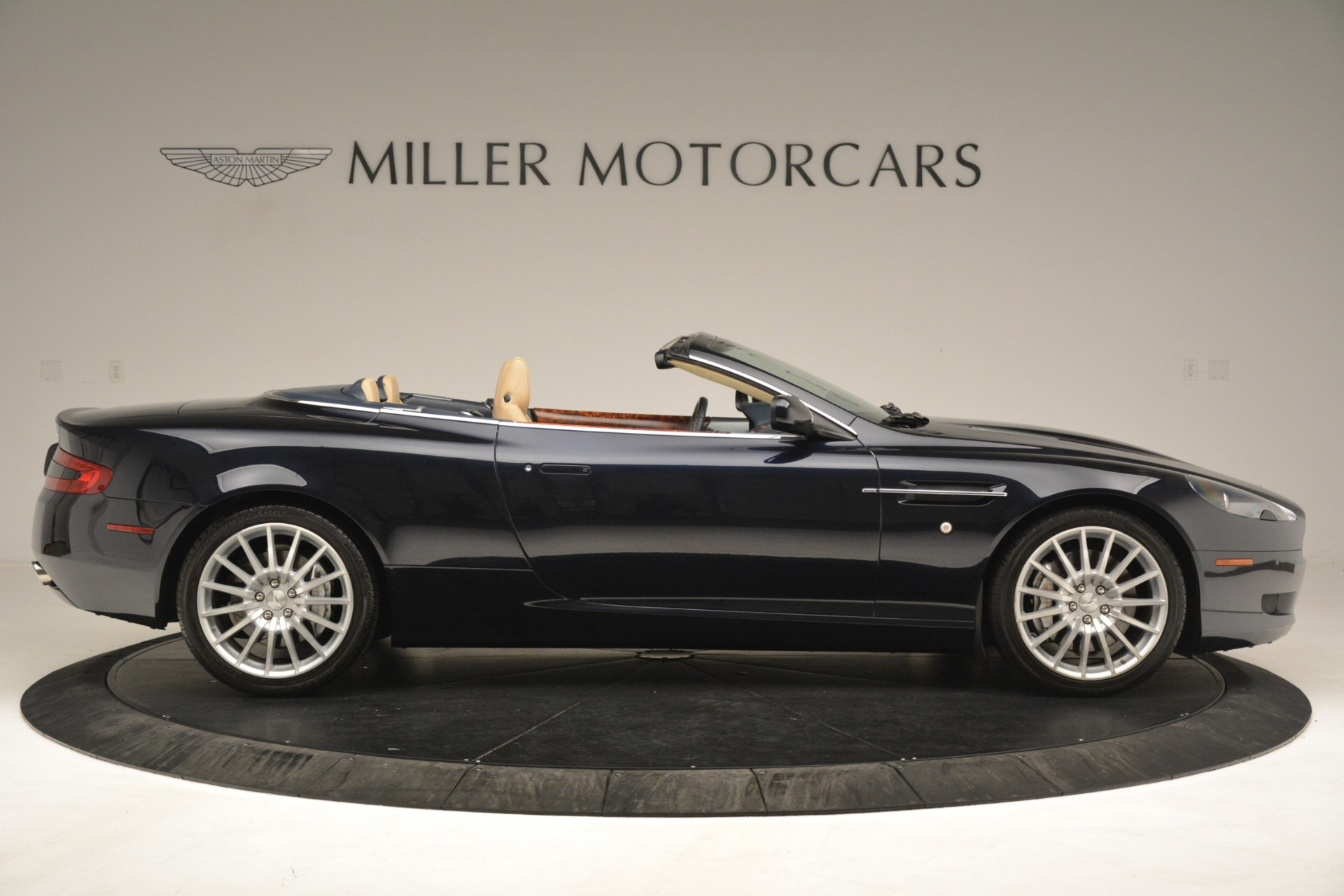 Used 2007 Aston Martin DB9 Convertible For Sale In Greenwich, CT 3291_p9
