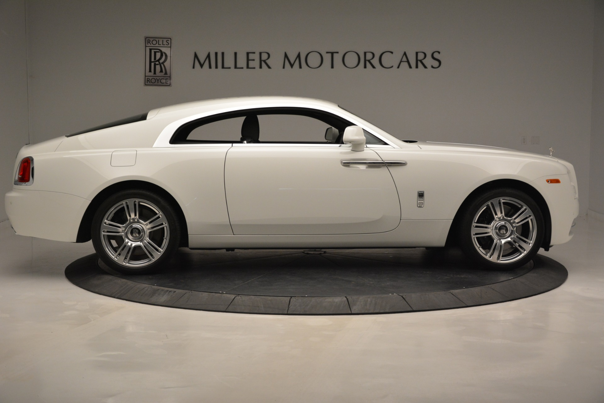 Used 2016 Rolls-Royce Wraith  For Sale In Greenwich, CT 3294_p10