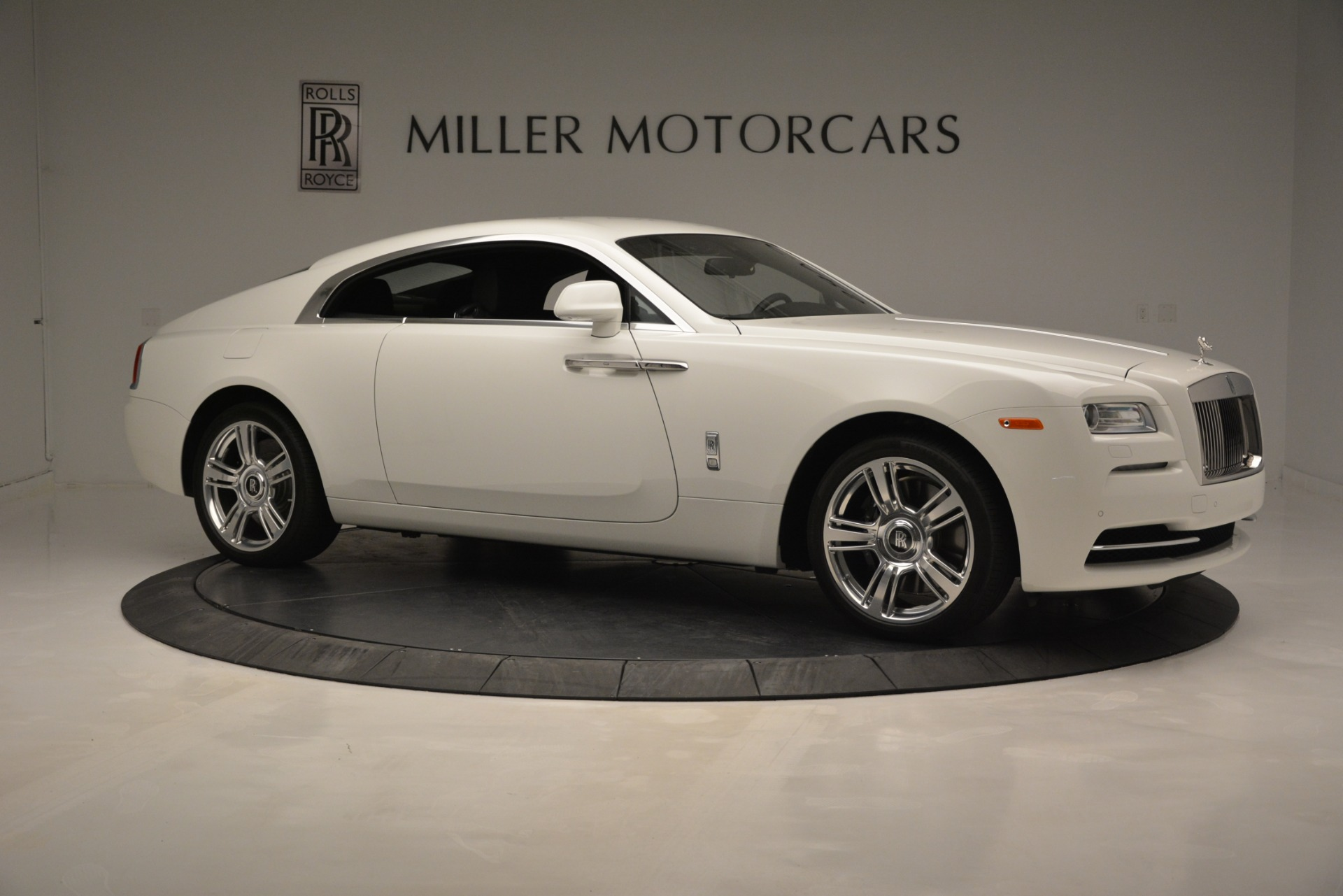 Used 2016 Rolls-Royce Wraith  For Sale In Greenwich, CT 3294_p11