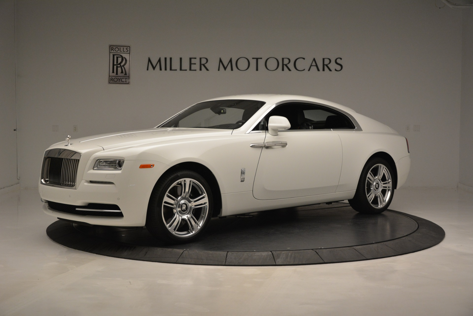 Used 2016 Rolls-Royce Wraith  For Sale In Greenwich, CT 3294_p2