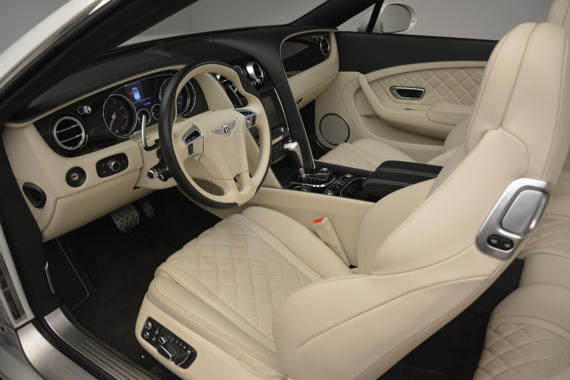 Used 2016 Bentley Continental GT V8 S For Sale In Greenwich, CT 3295_p24