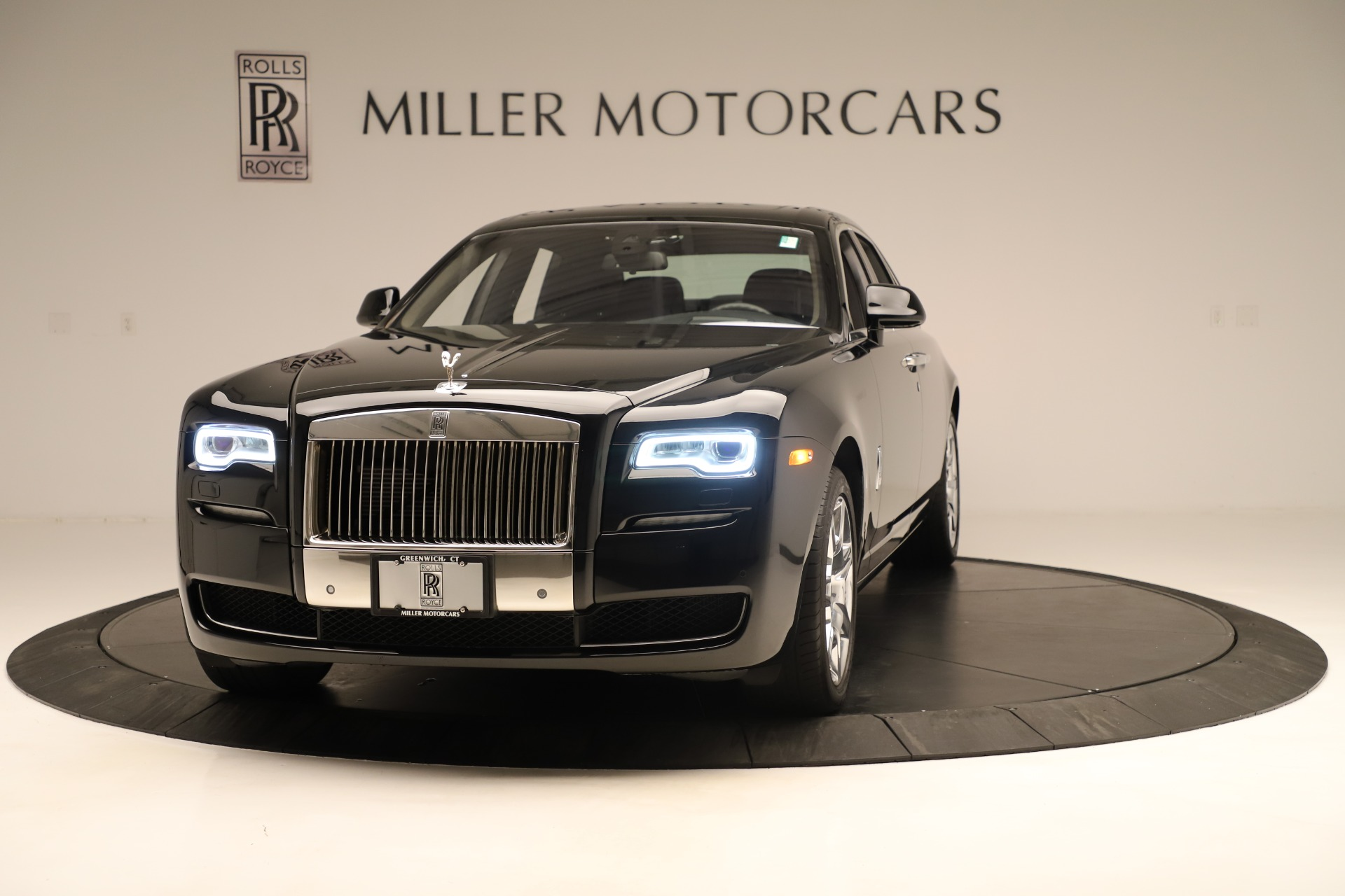 Used 2016 Rolls-Royce Ghost  For Sale In Greenwich, CT 3298_main