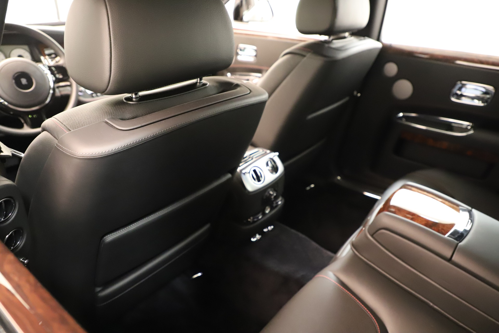Used 2016 Rolls-Royce Ghost  For Sale In Greenwich, CT 3298_p21