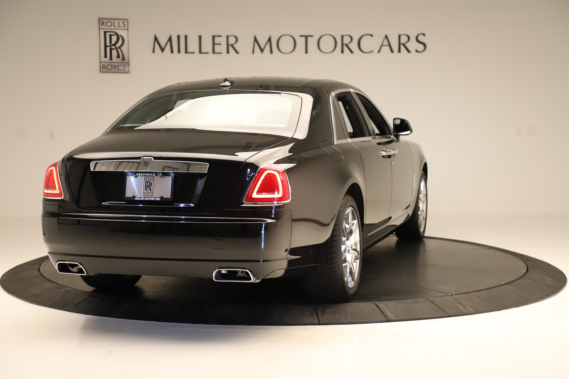 Used 2016 Rolls-Royce Ghost  For Sale In Greenwich, CT 3298_p7