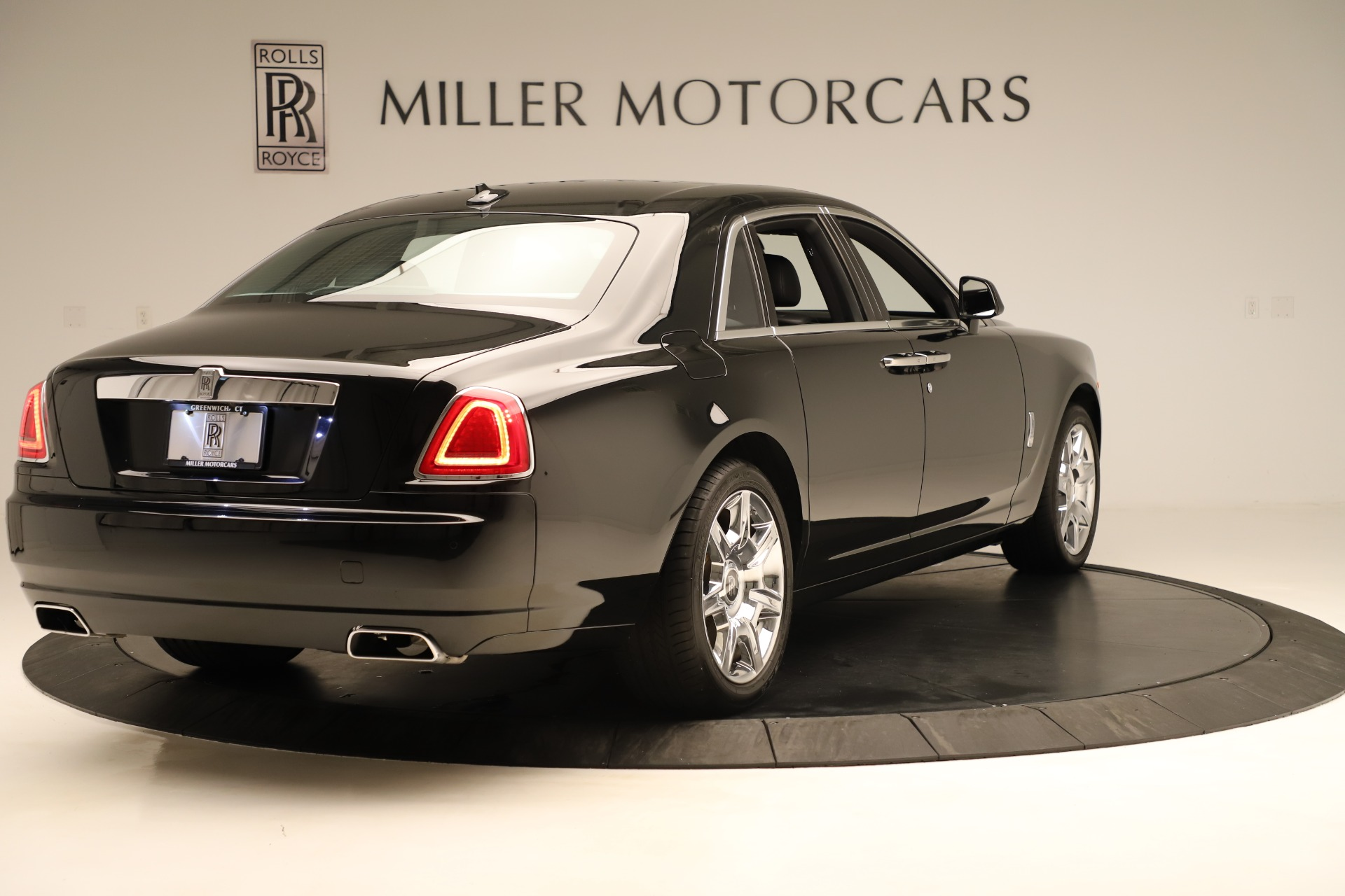 Used 2016 Rolls-Royce Ghost  For Sale In Greenwich, CT 3298_p8