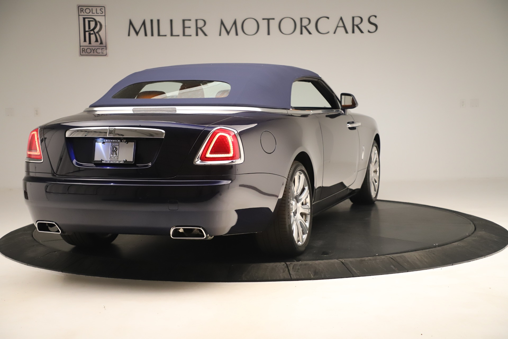 Used 2016 Rolls-Royce Dawn  For Sale In Greenwich, CT 3299_p13