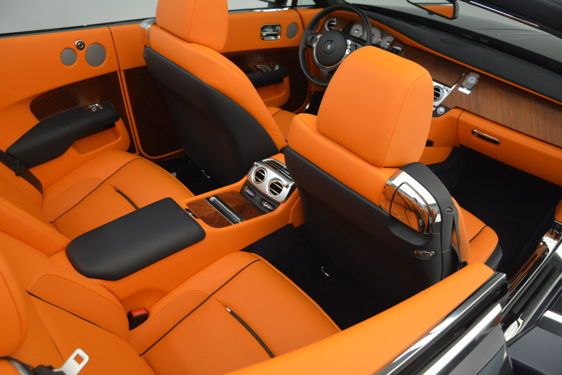 Used 2016 Rolls-Royce Dawn  For Sale In Greenwich, CT 3299_p25