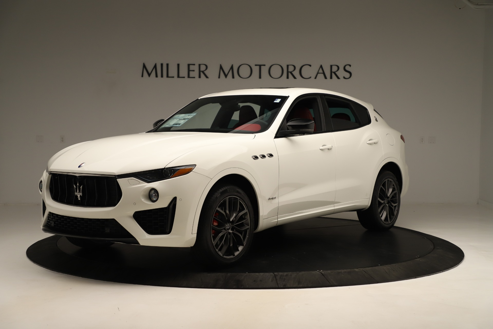 New 2019 Maserati Levante Q4 GranSport Nerissimo For Sale In Greenwich, CT 3300_p2