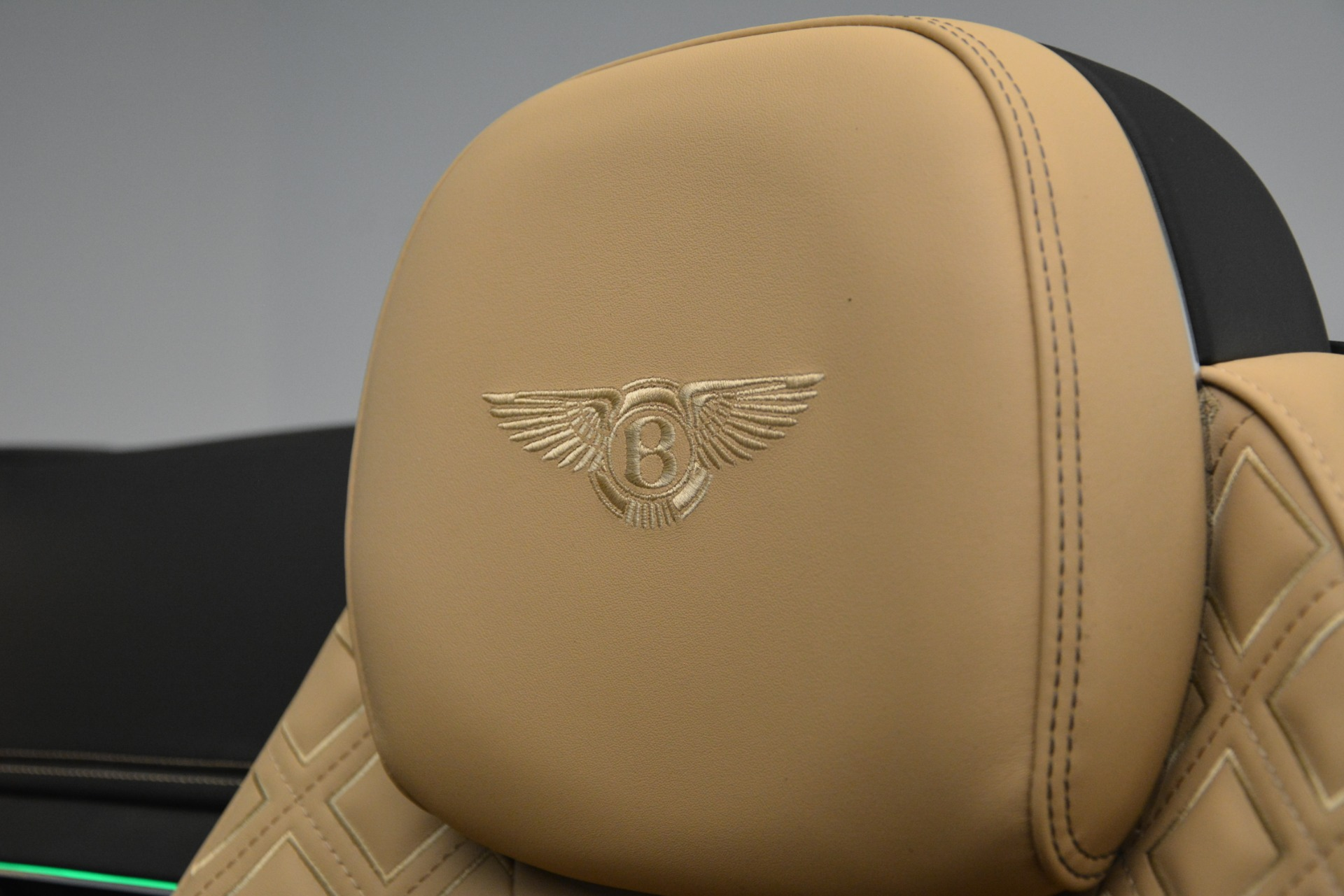 New 2020 Bentley Continental GTC V8 For Sale In Greenwich, CT 3301_p32