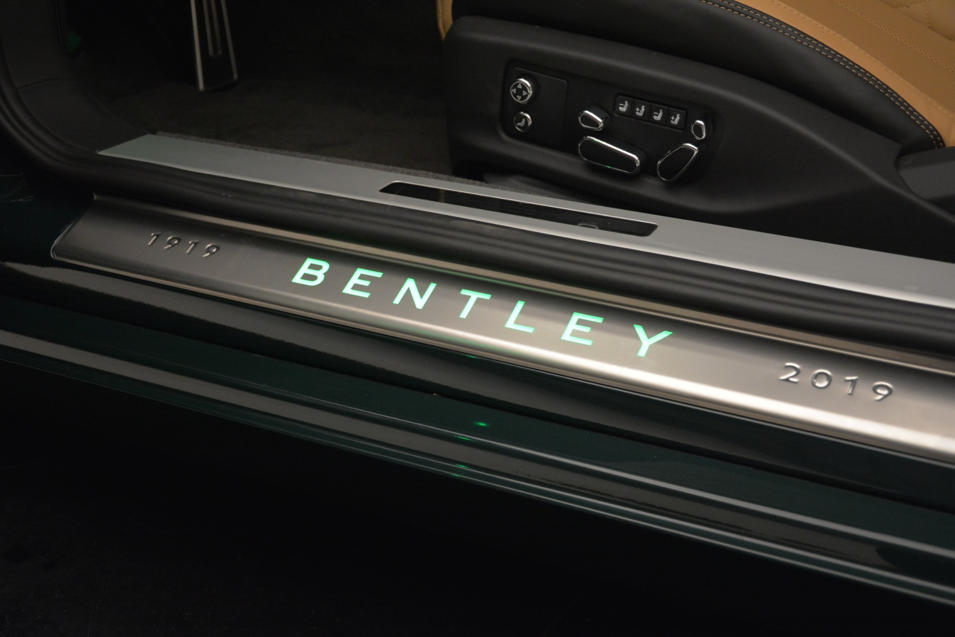 New 2020 Bentley Continental GTC V8 For Sale In Greenwich, CT 3301_p34