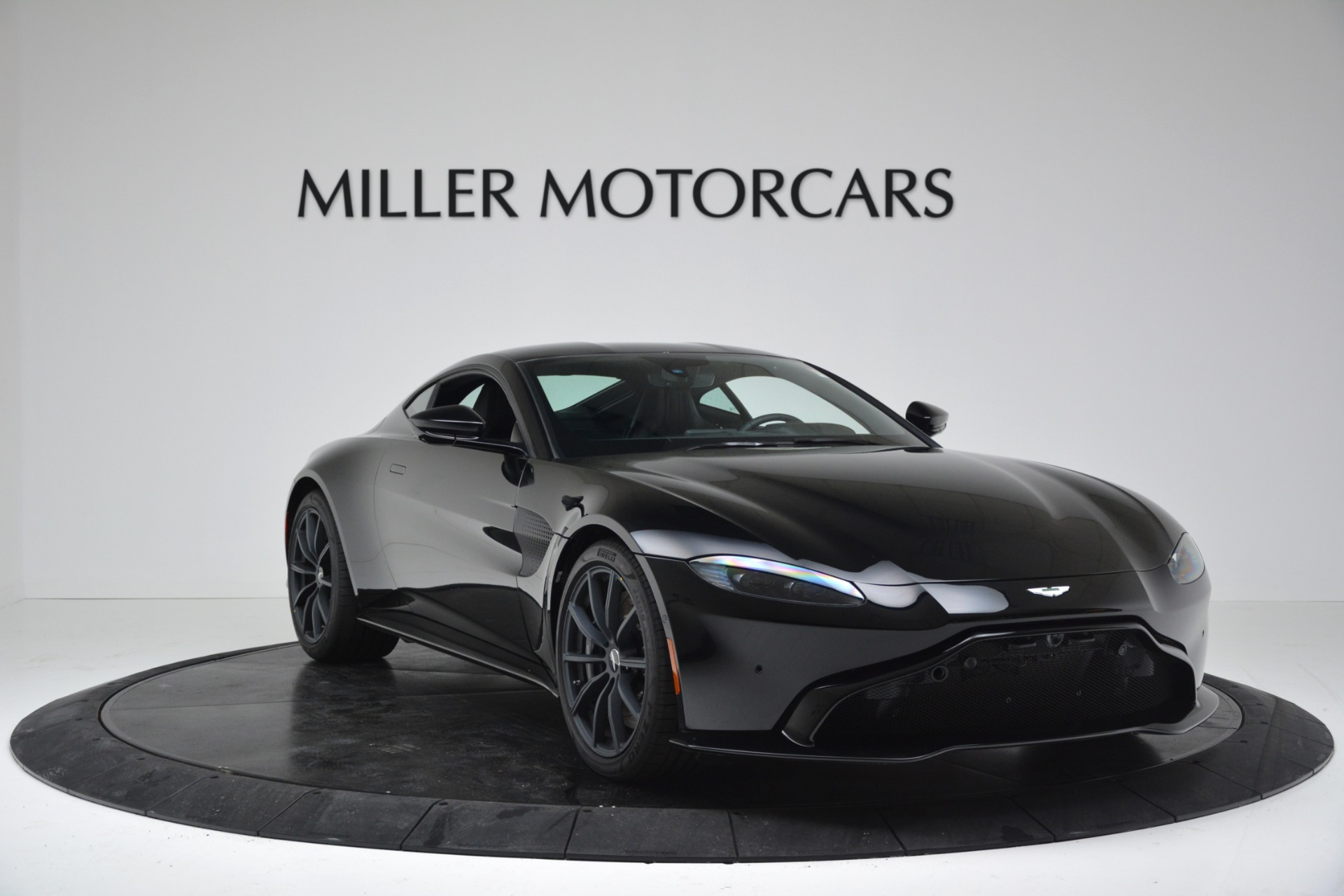 New 2019 Aston Martin Vantage Coupe For Sale In Greenwich, CT 3307_p11