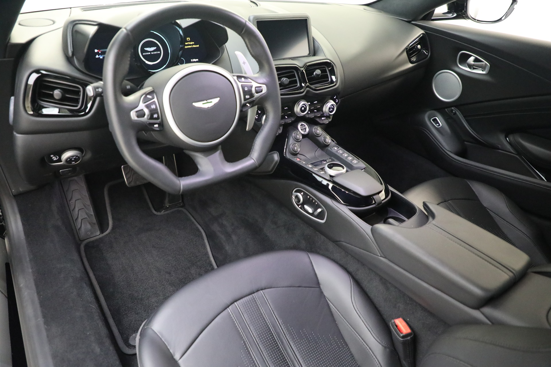 New 2019 Aston Martin Vantage Coupe For Sale In Greenwich, CT 3307_p12