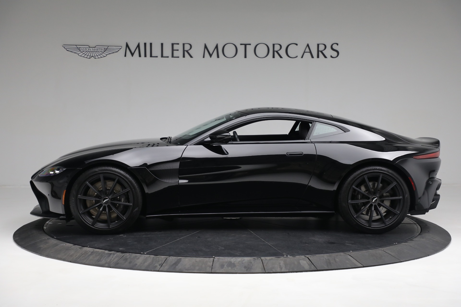 New 2019 Aston Martin Vantage Coupe For Sale In Greenwich, CT 3307_p2