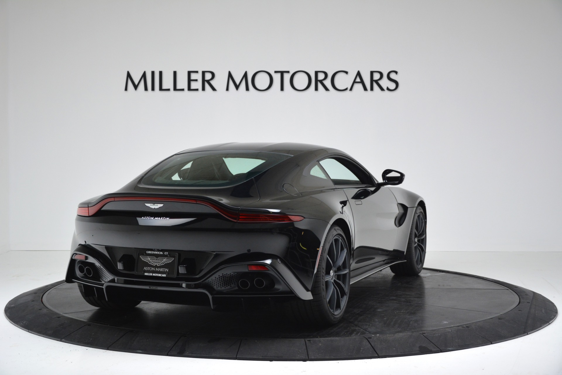 New 2019 Aston Martin Vantage Coupe For Sale In Greenwich, CT 3307_p7