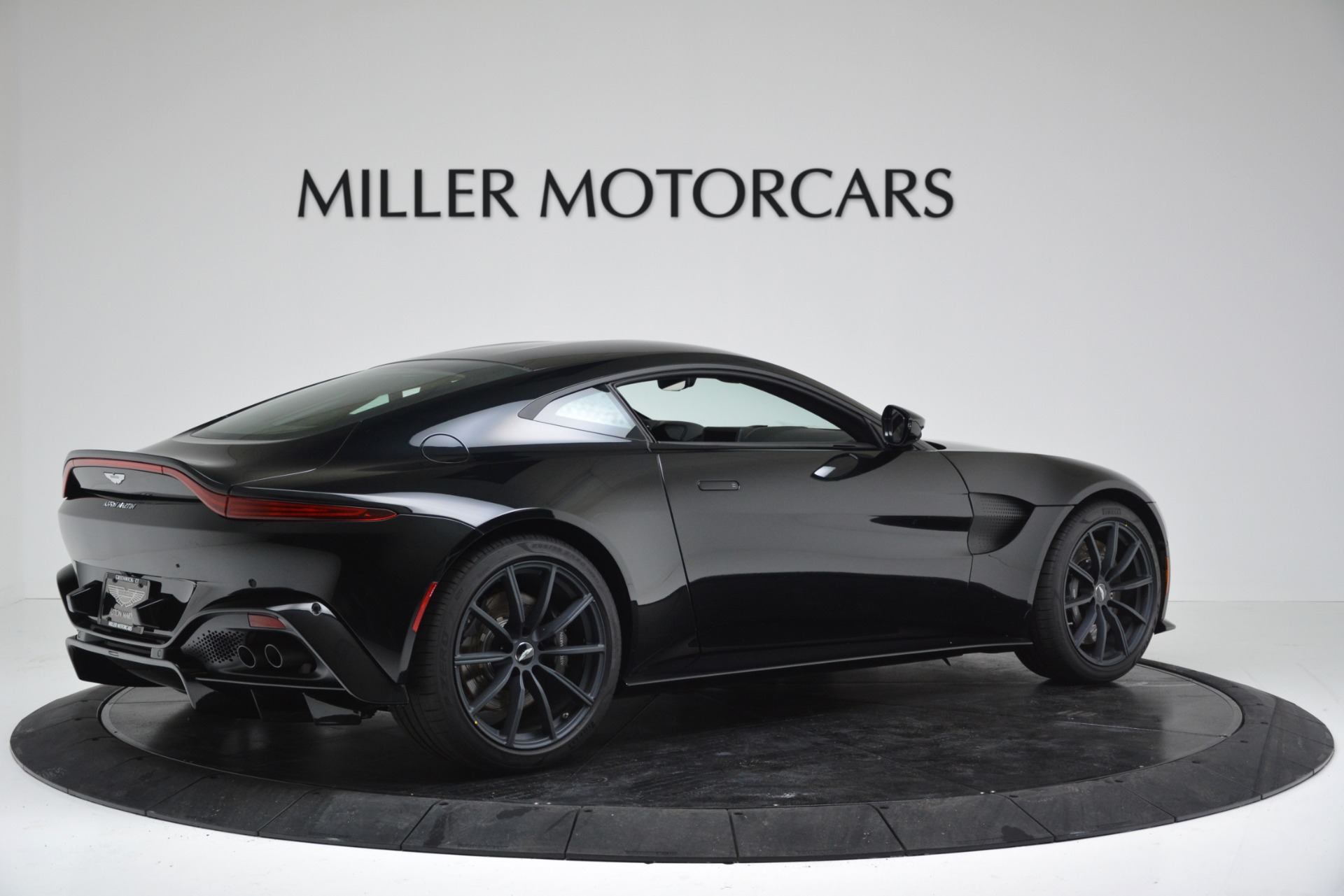 New 2019 Aston Martin Vantage Coupe For Sale In Greenwich, CT 3307_p8