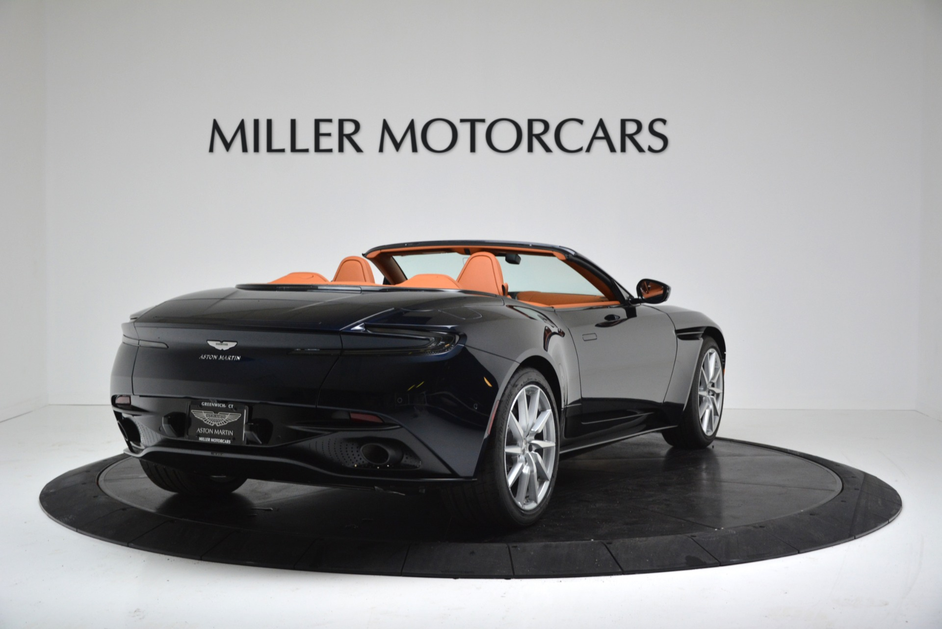 New 2019 Aston Martin DB11 V8 Convertible For Sale In Greenwich, CT 3308_p7